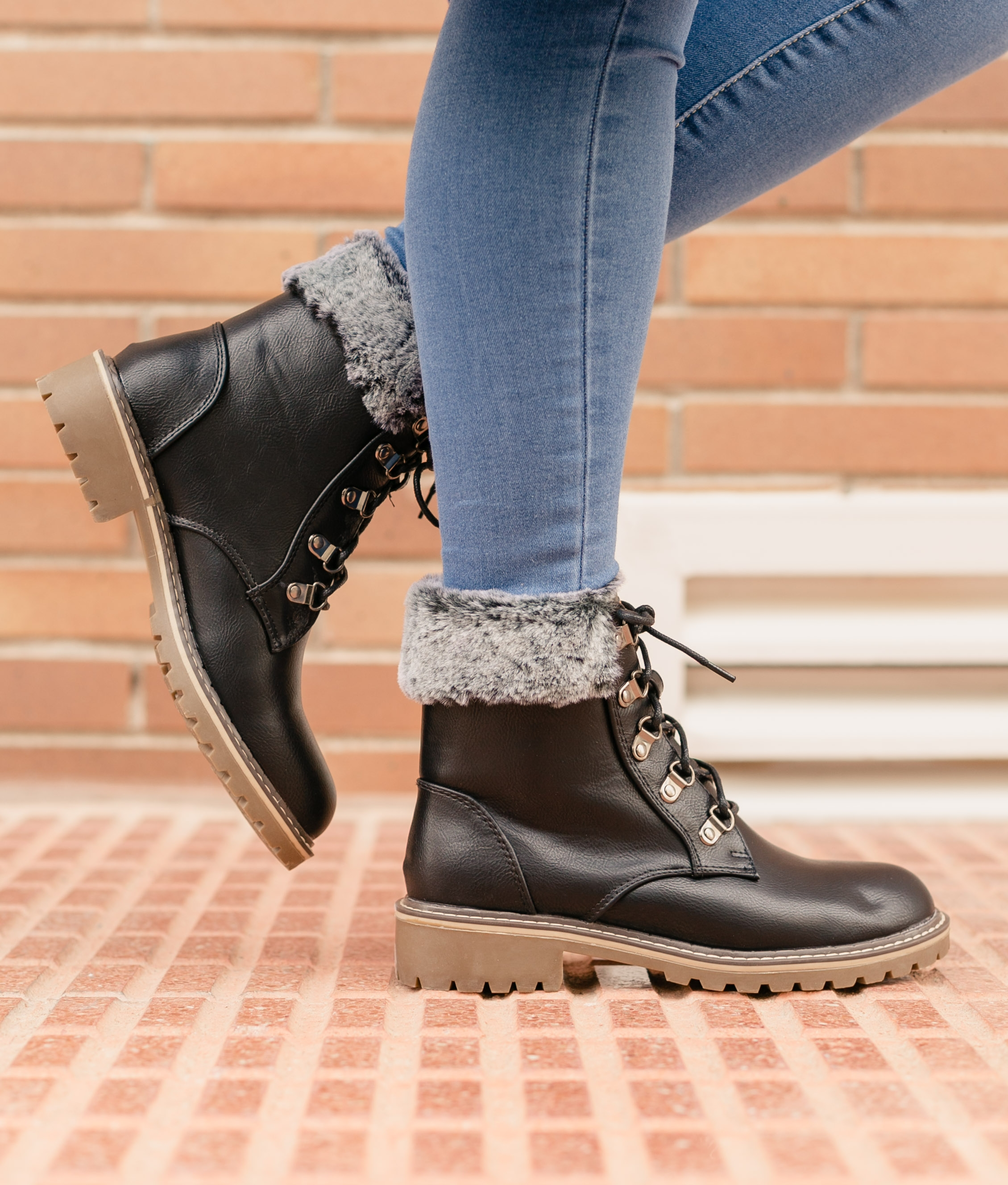 Low Boot Orien - Black