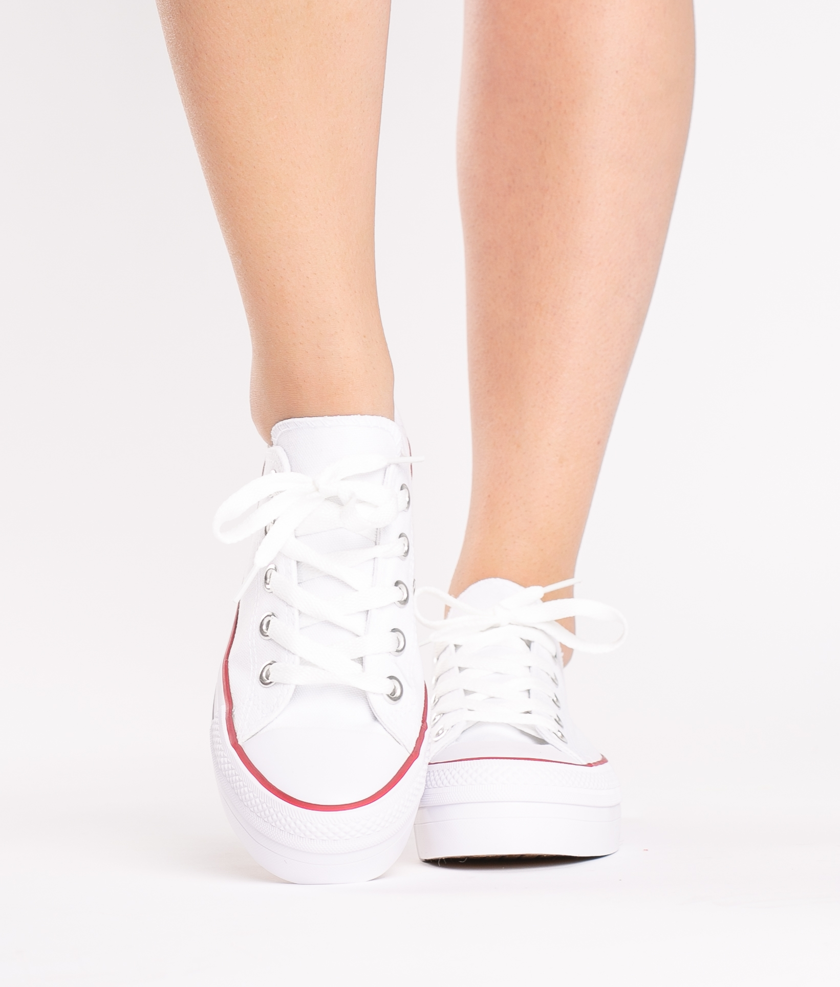 Sneakers Madu - White