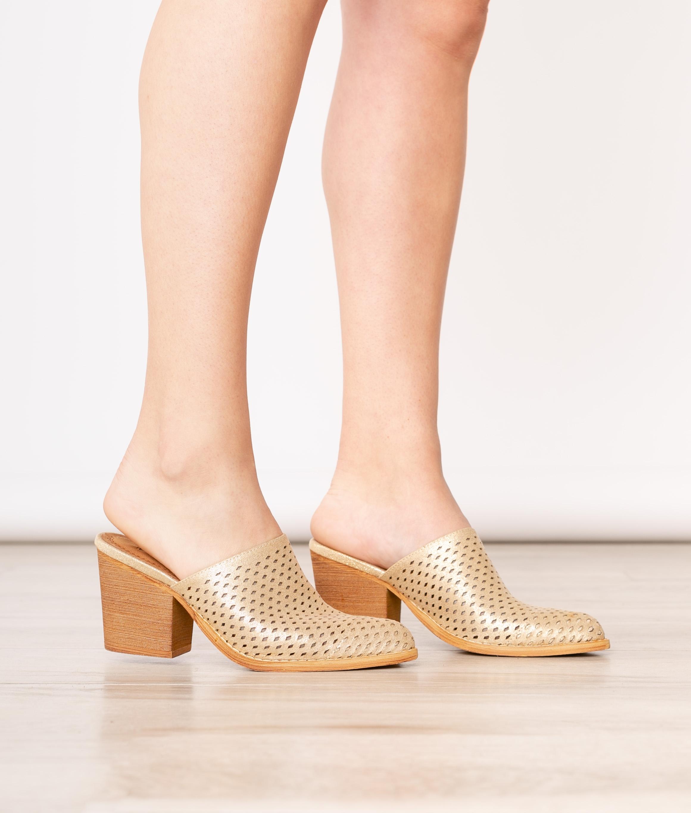 Mule Shoes Fez - Mustard