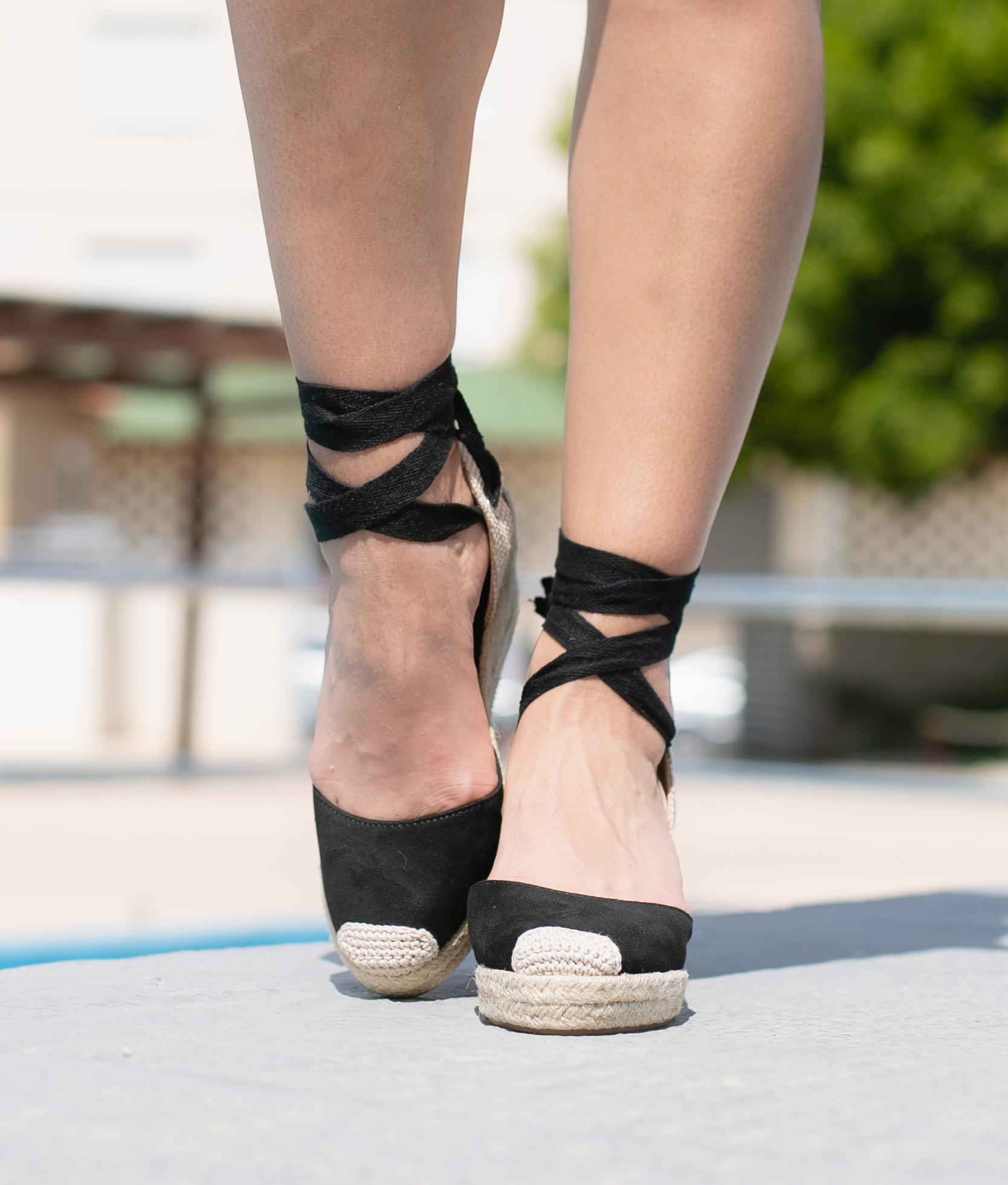 Wedge Heel Aines - Black