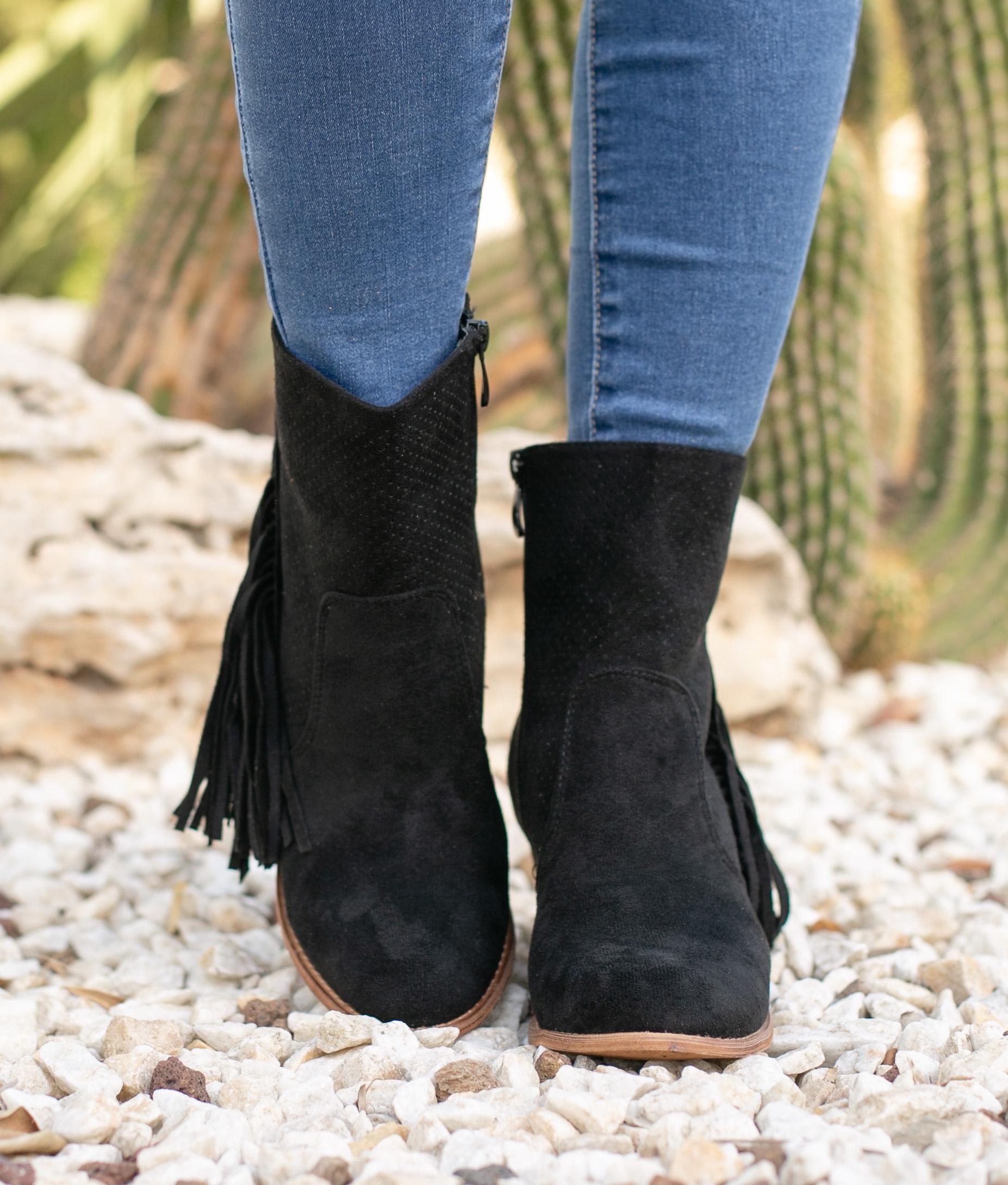 Low Boot Gate - Black