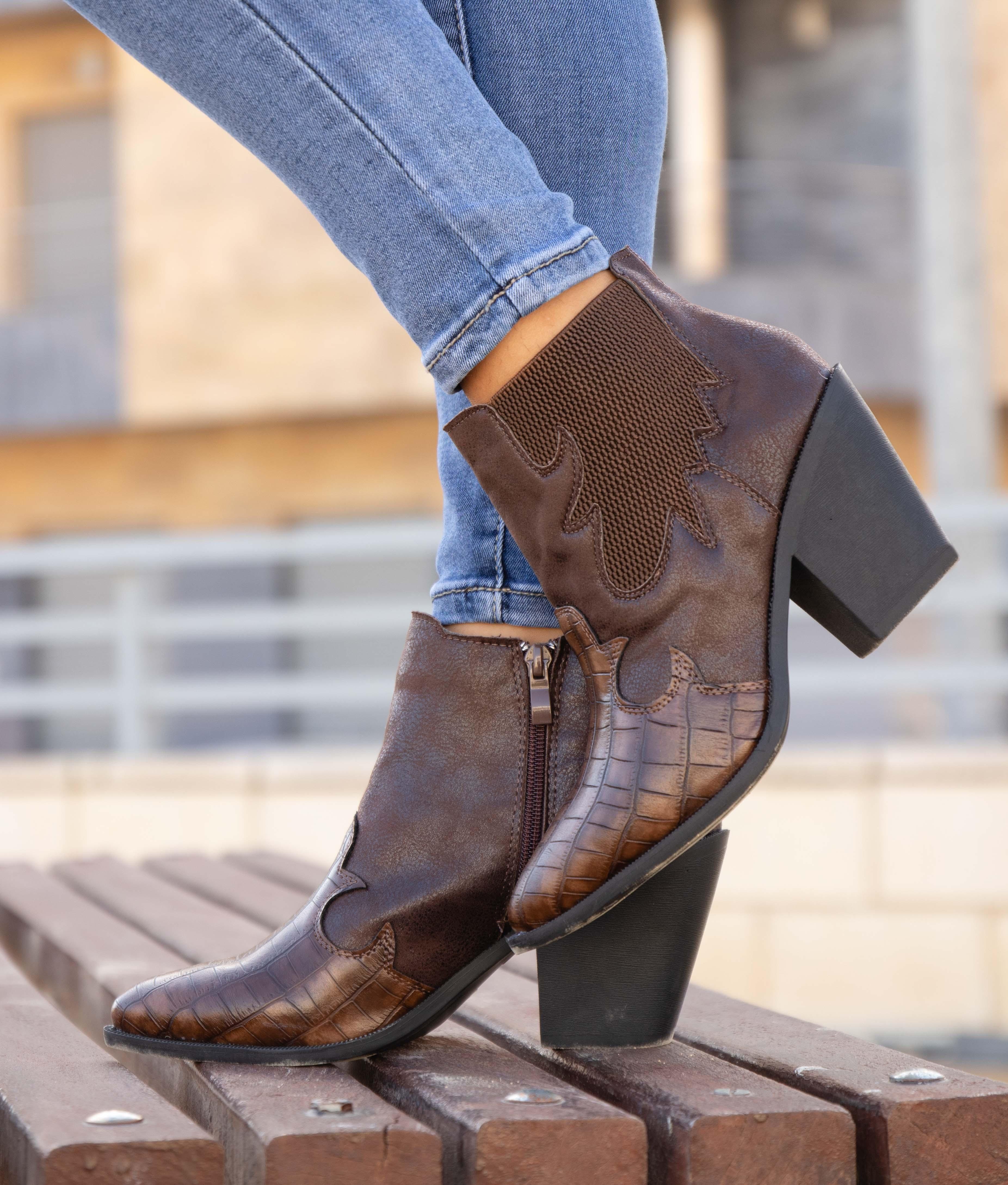 Low Boot Turet - Camel