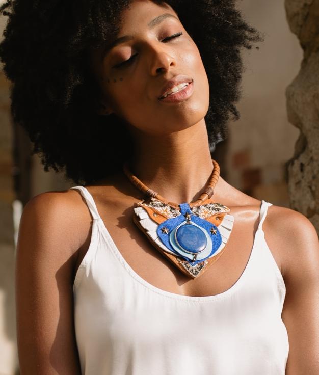Collier Aura - Bleu Klein