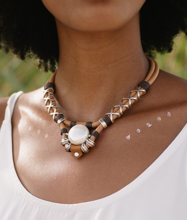 Necklace Chandra - Brown