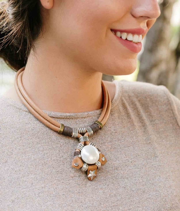 Necklace Chayna - Brown