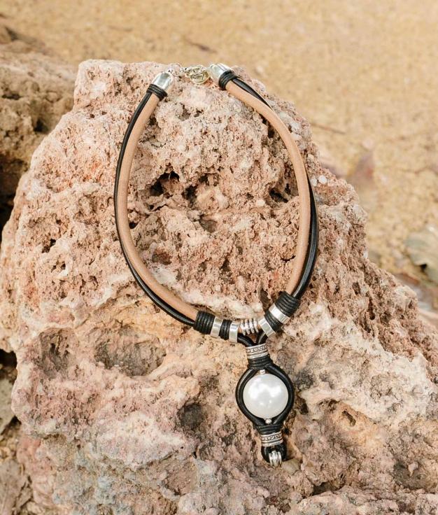 Necklace Arya - Black
