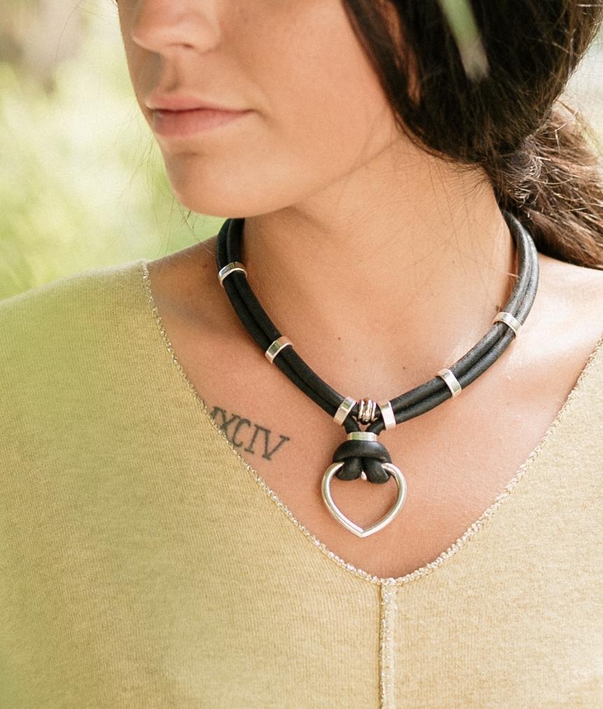 Collar Crux - Negro