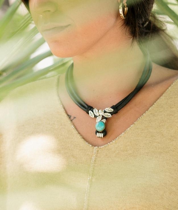 Necklace Vega - Black