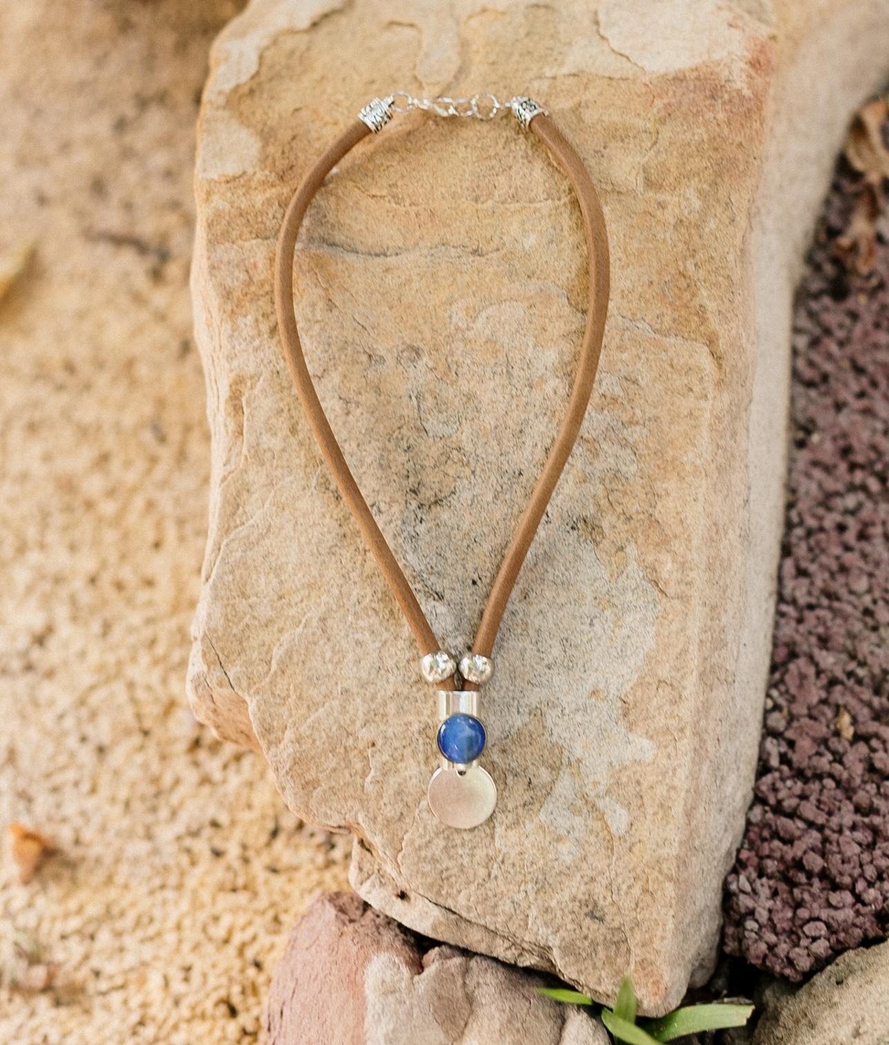 Necklace Lesath - Brown