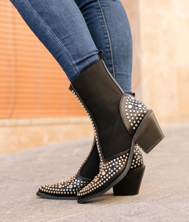 Low Boot Chandel - Black