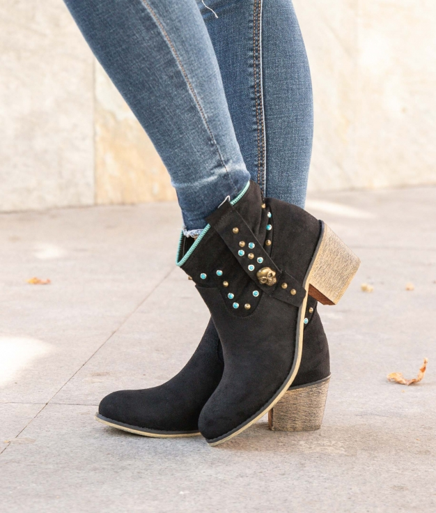 Low Boot Calver - Black