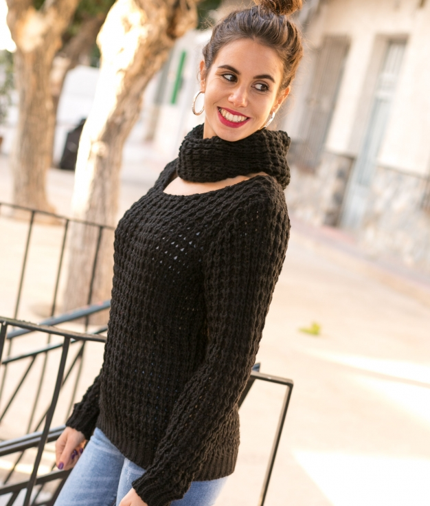 Sweater Ikara - Black