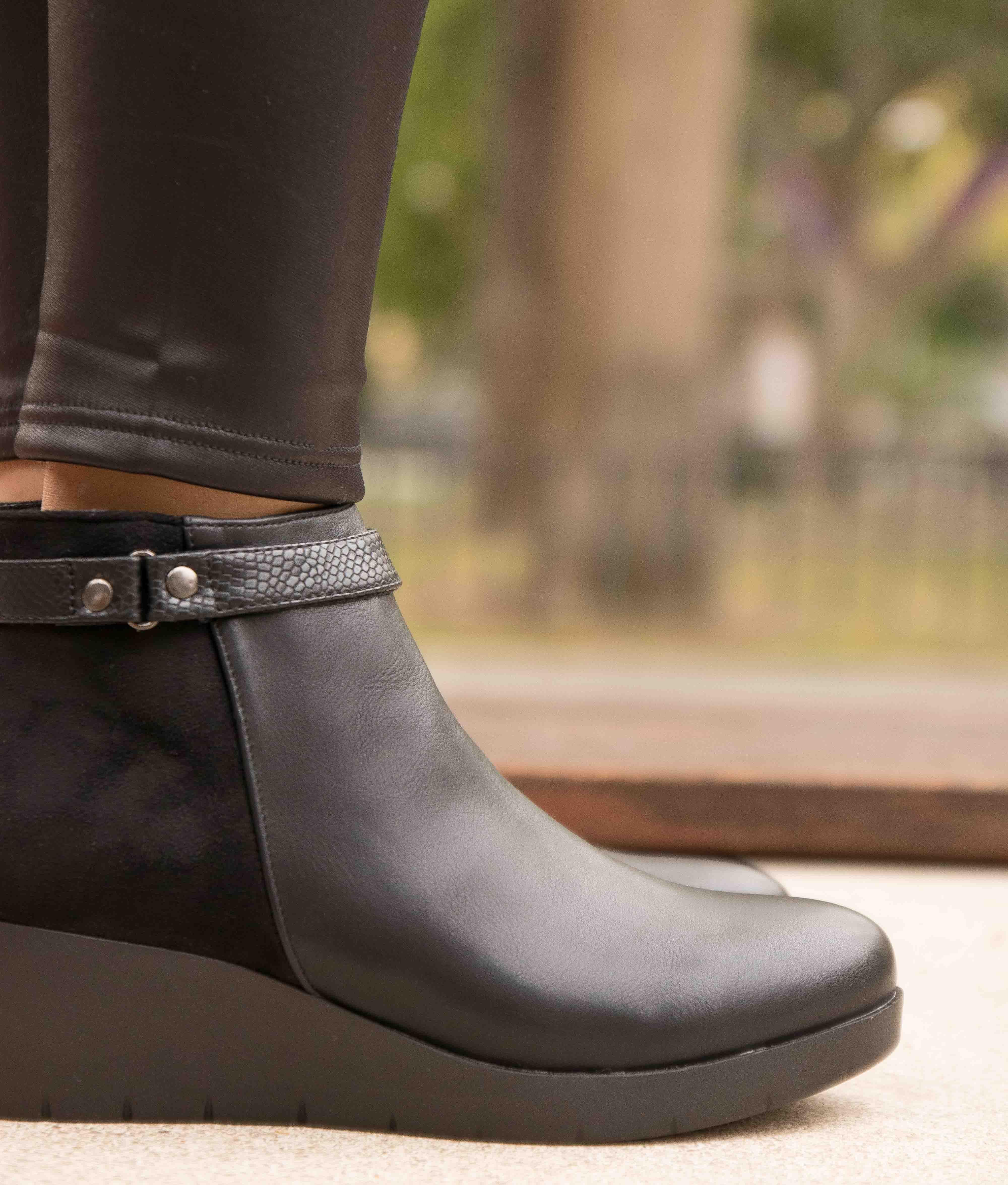 Low Boot Cleta - Black