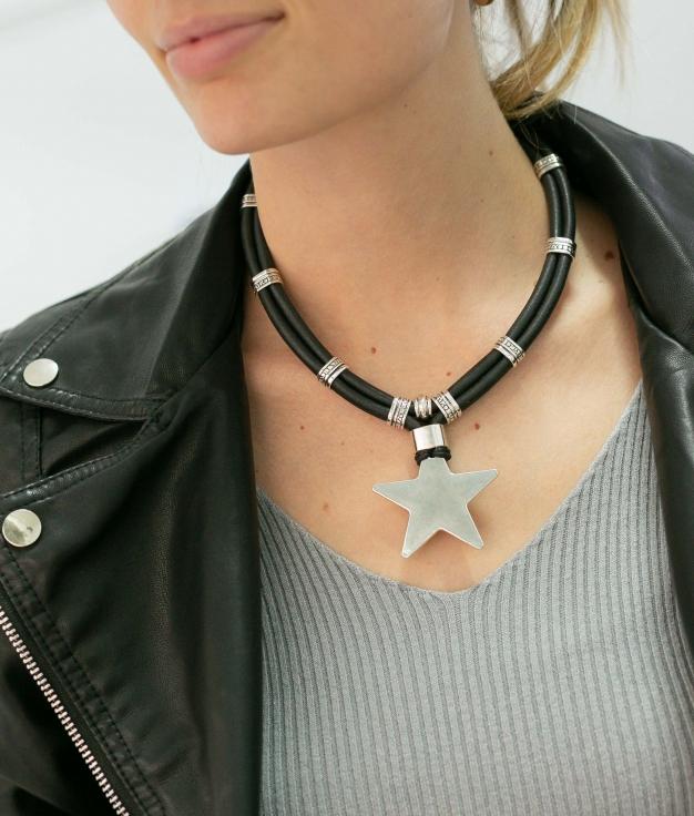 Necklace Serissa - Black