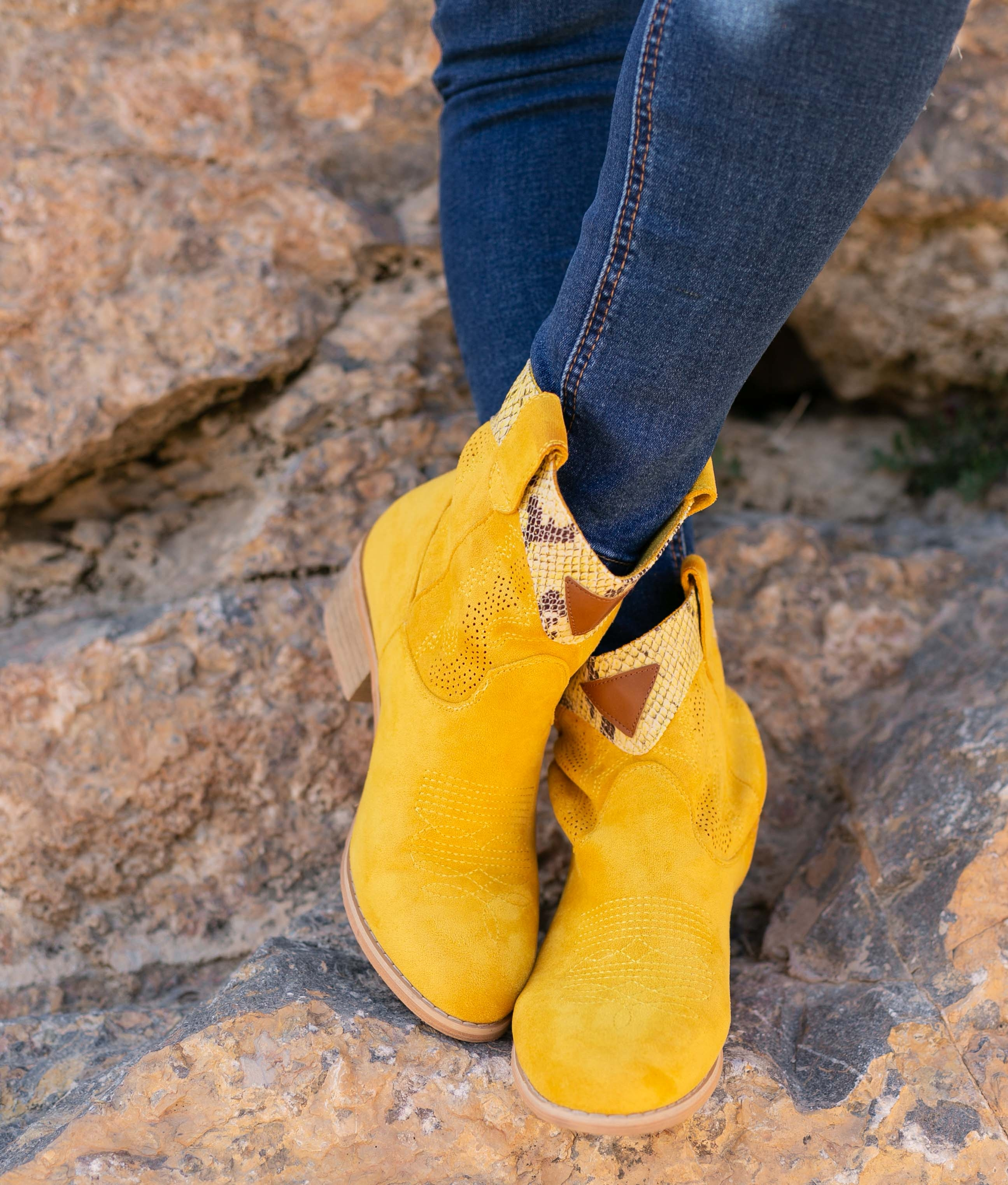 Low Boot Verico - Yellow