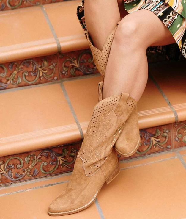 Knee-length Boot Glam West - Camel
