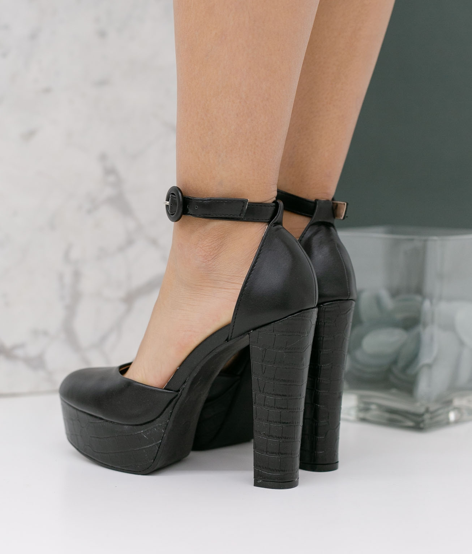 Shoe Yanos - Black