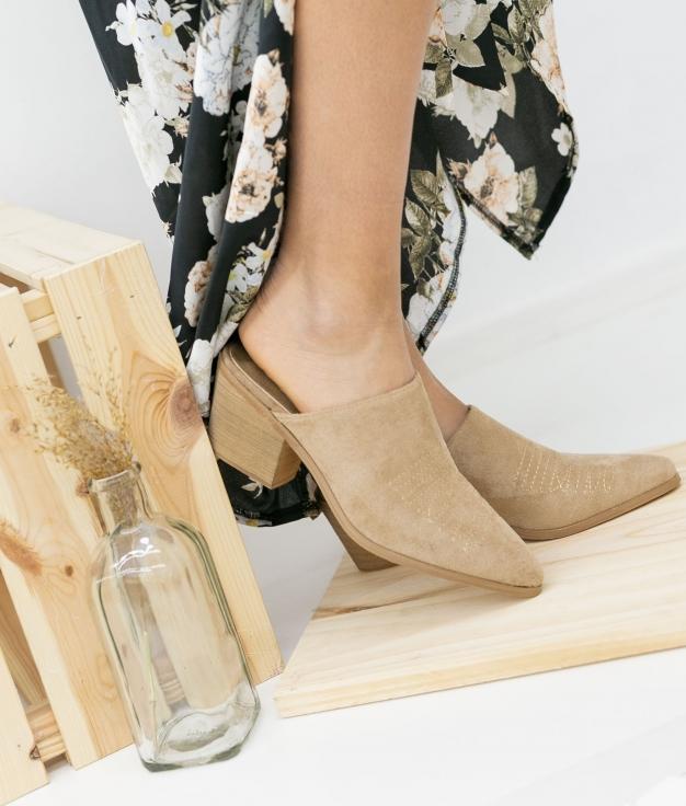 Zapato Mulé Caronte - Beige