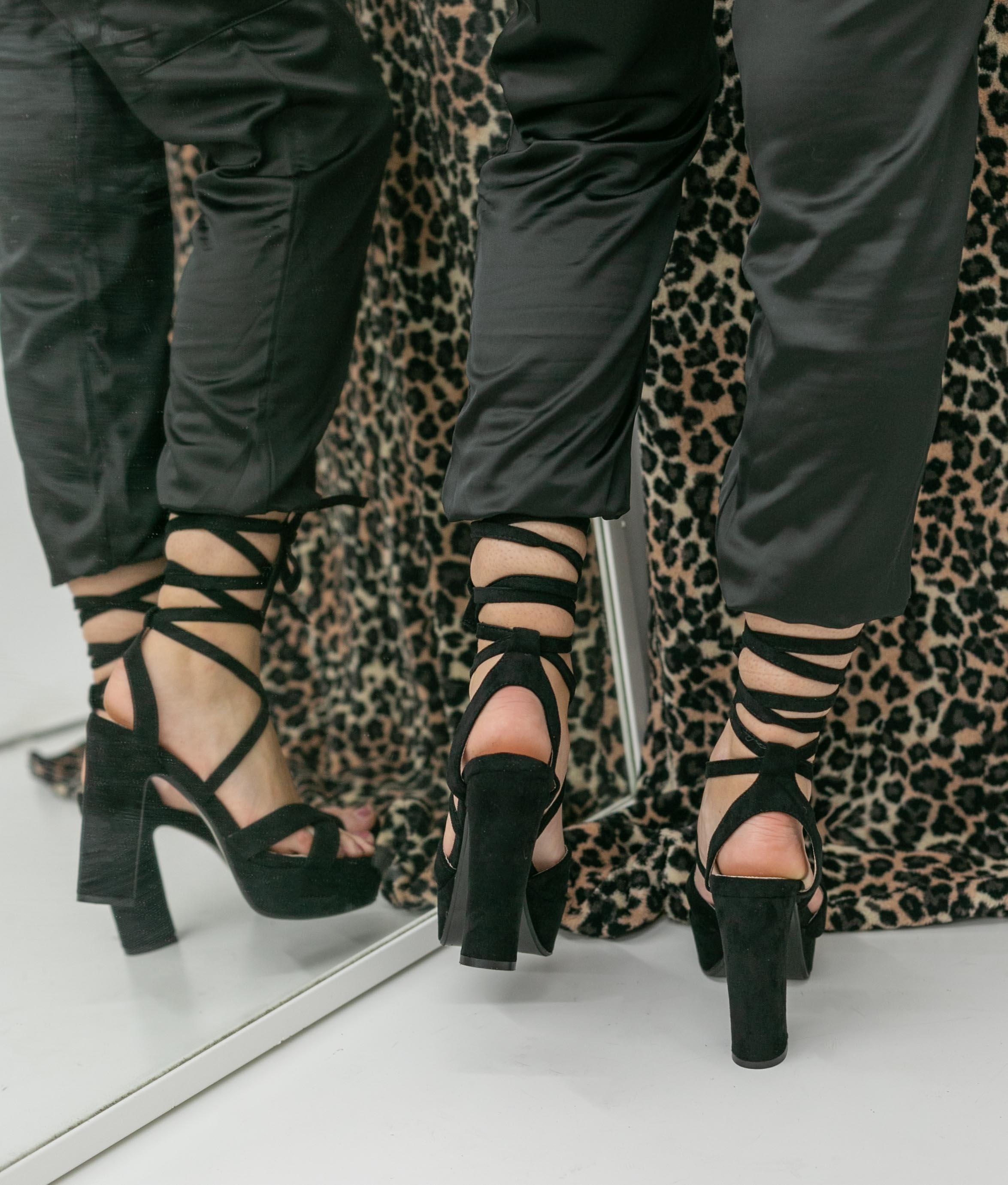 Sandália de Salto Danity - Preto