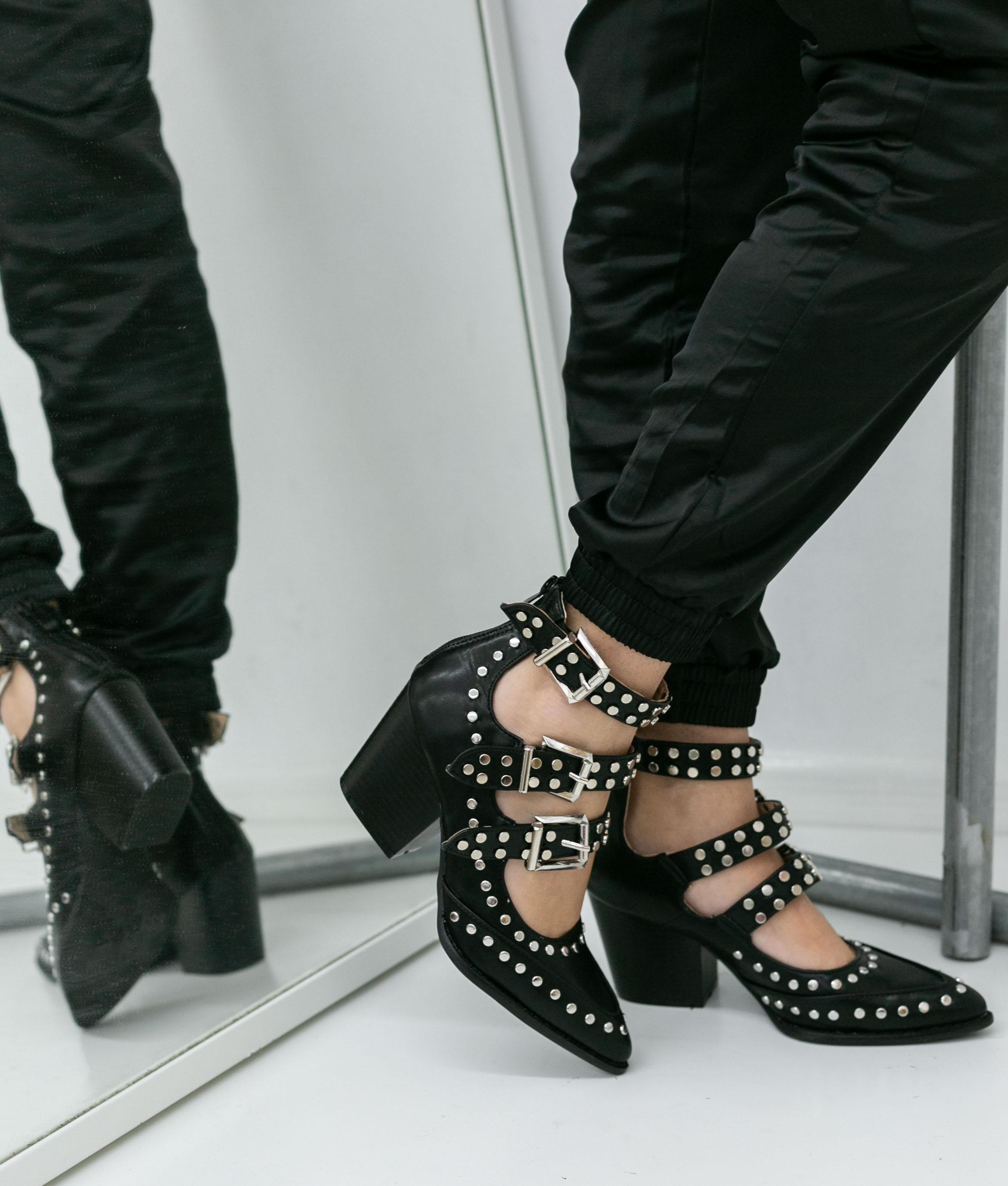 Heels Shoes Royer - Black