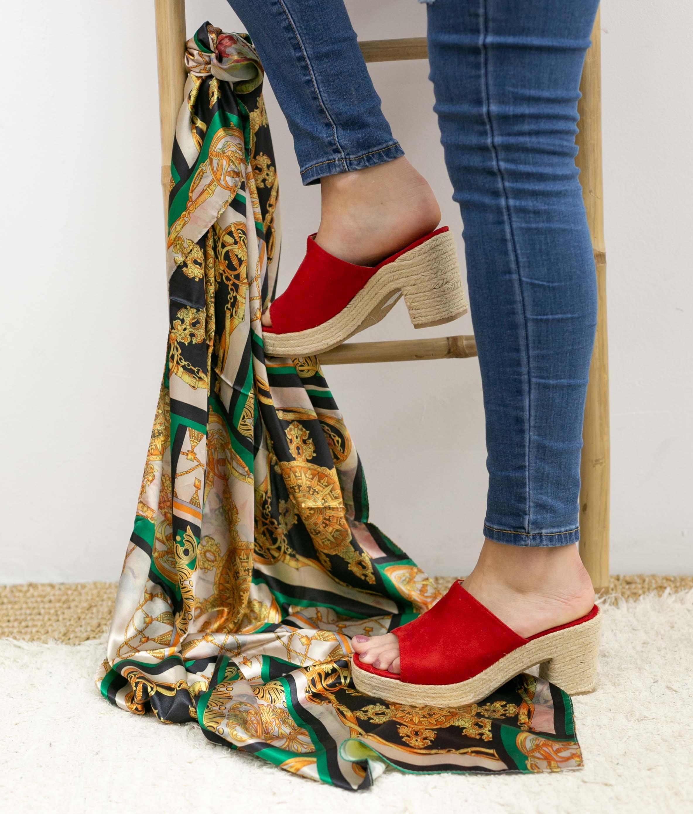 High Sandal Gon - Red