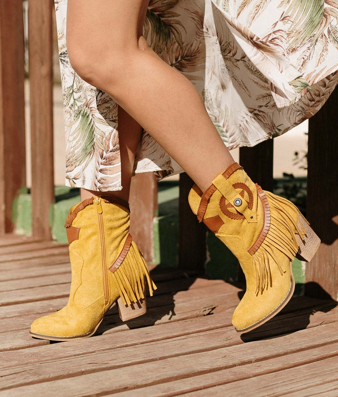 Bota Baixa Metorse - Amarelo