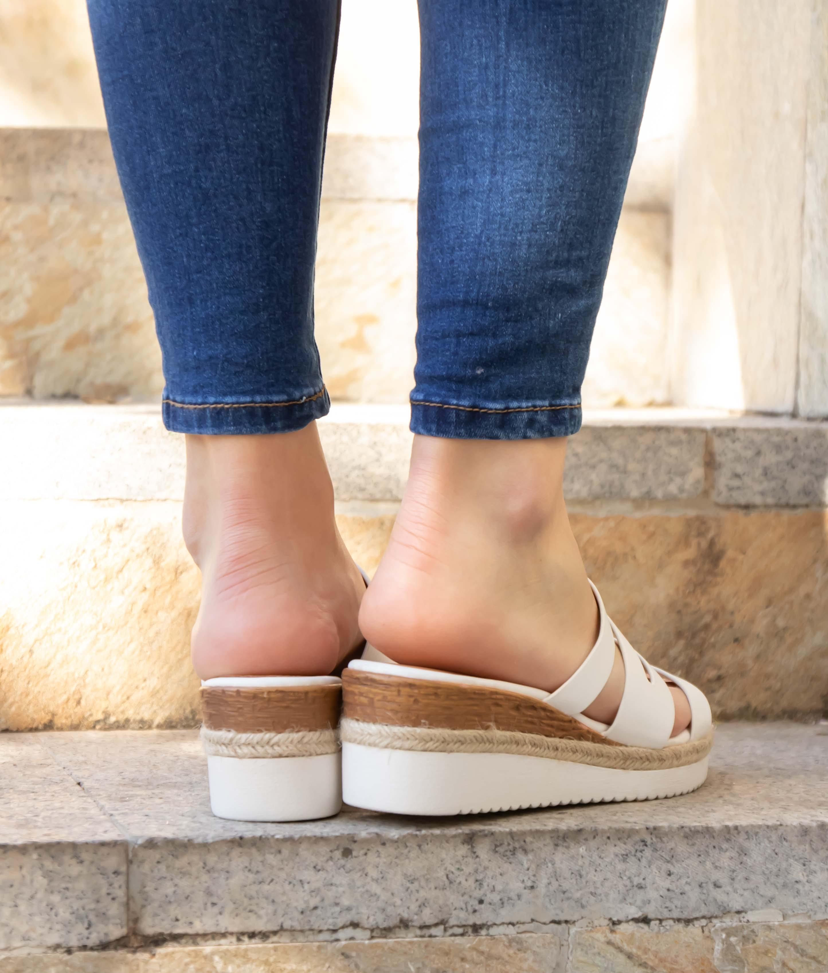 Wedge Heel Teruca - White