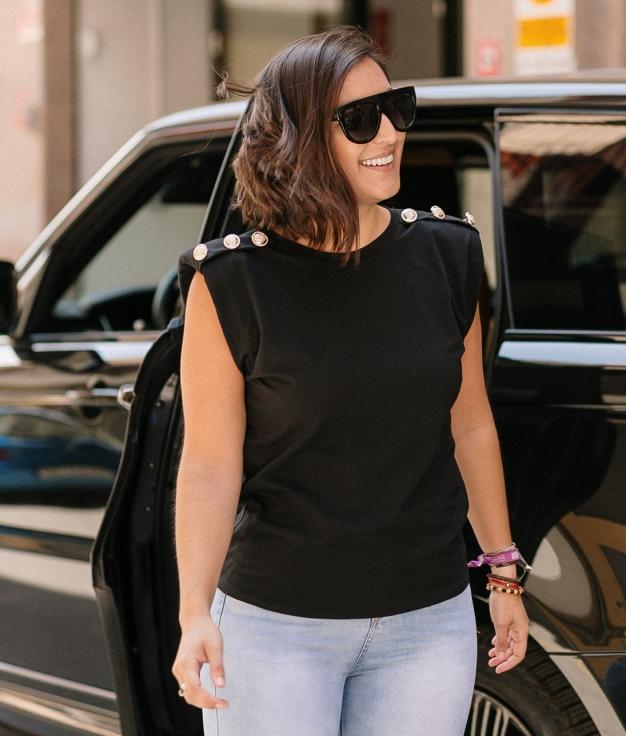 Camiseta Boston Ombreiras - Preto