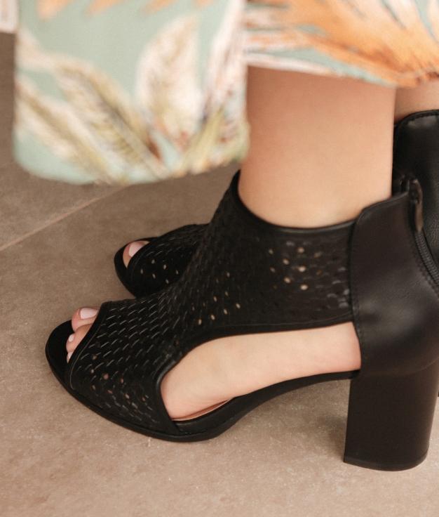 High Sandal Troquele - Black