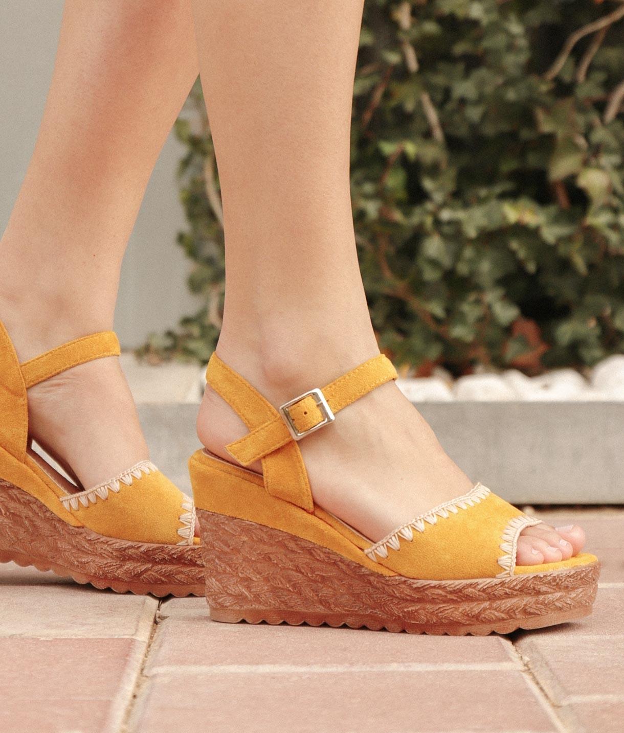 Sandália Tusen - Amarelo