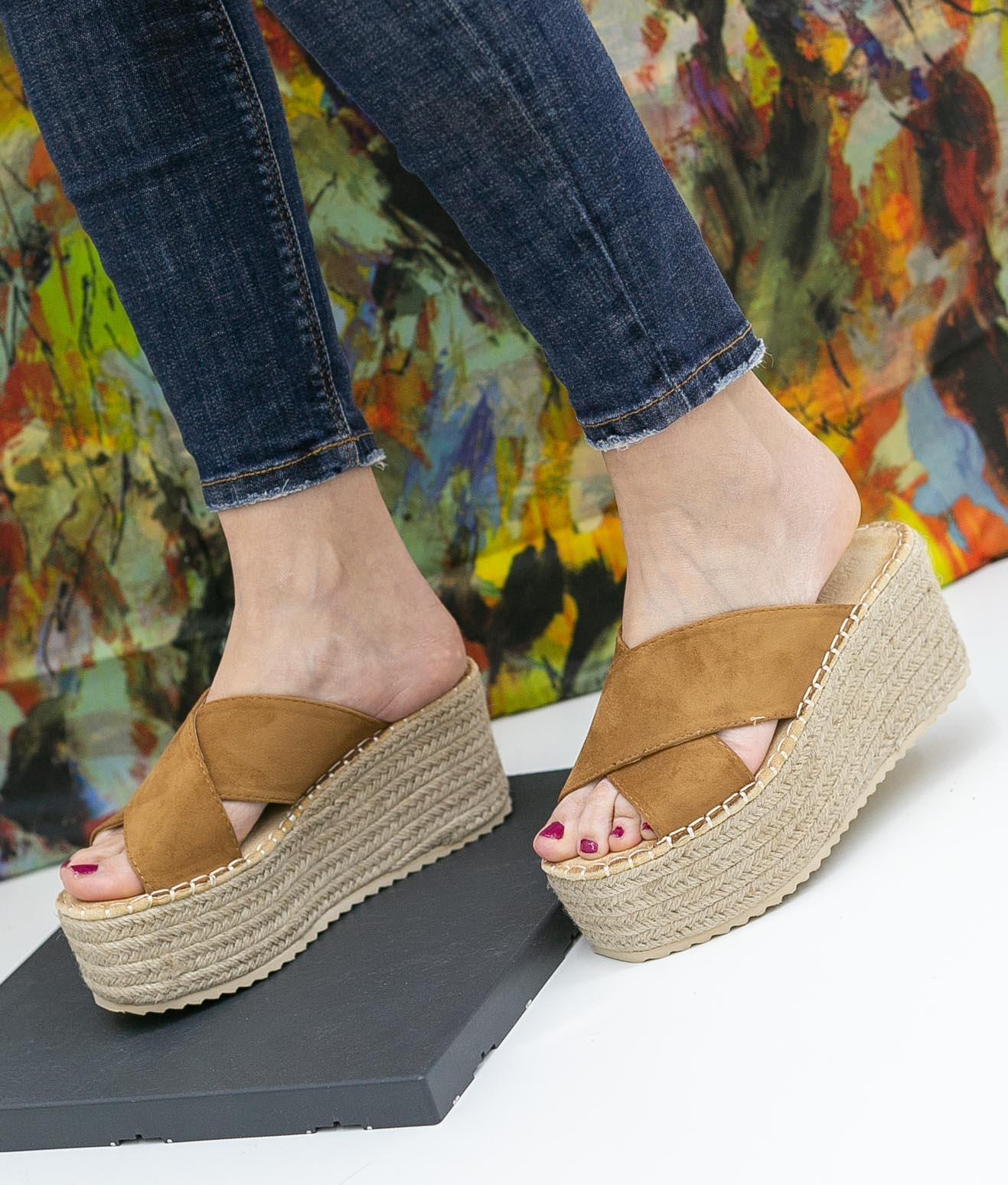 Wedge Heel Bilen - Camel