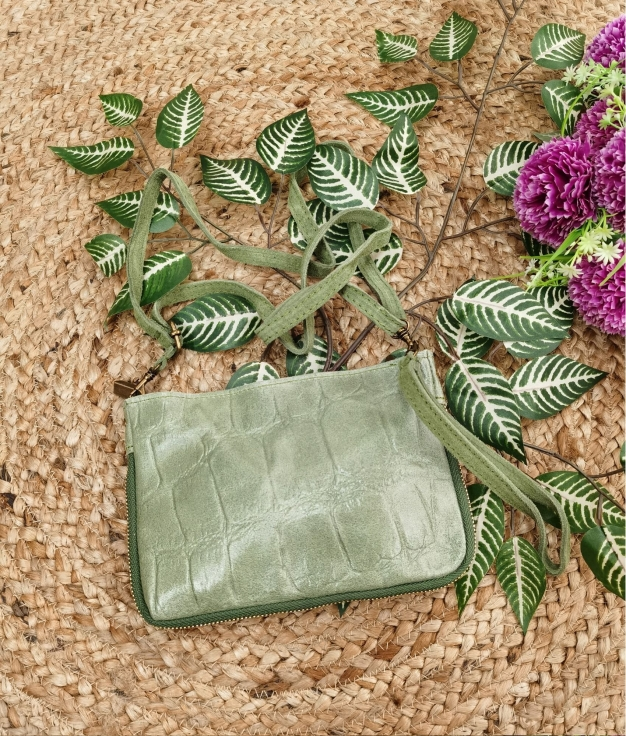 Finland leather crossbody bag - grass green