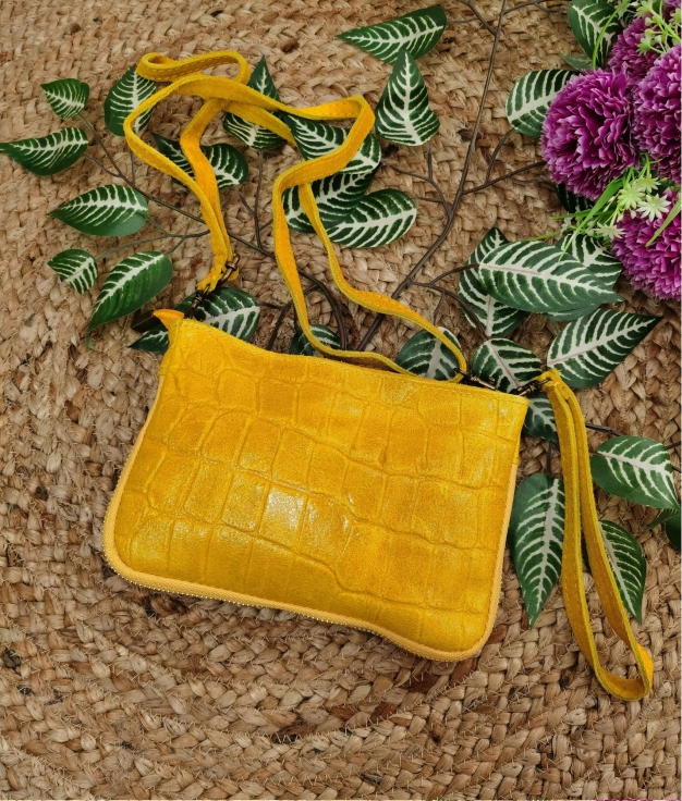 Finland leather crossbody bag - yellow
