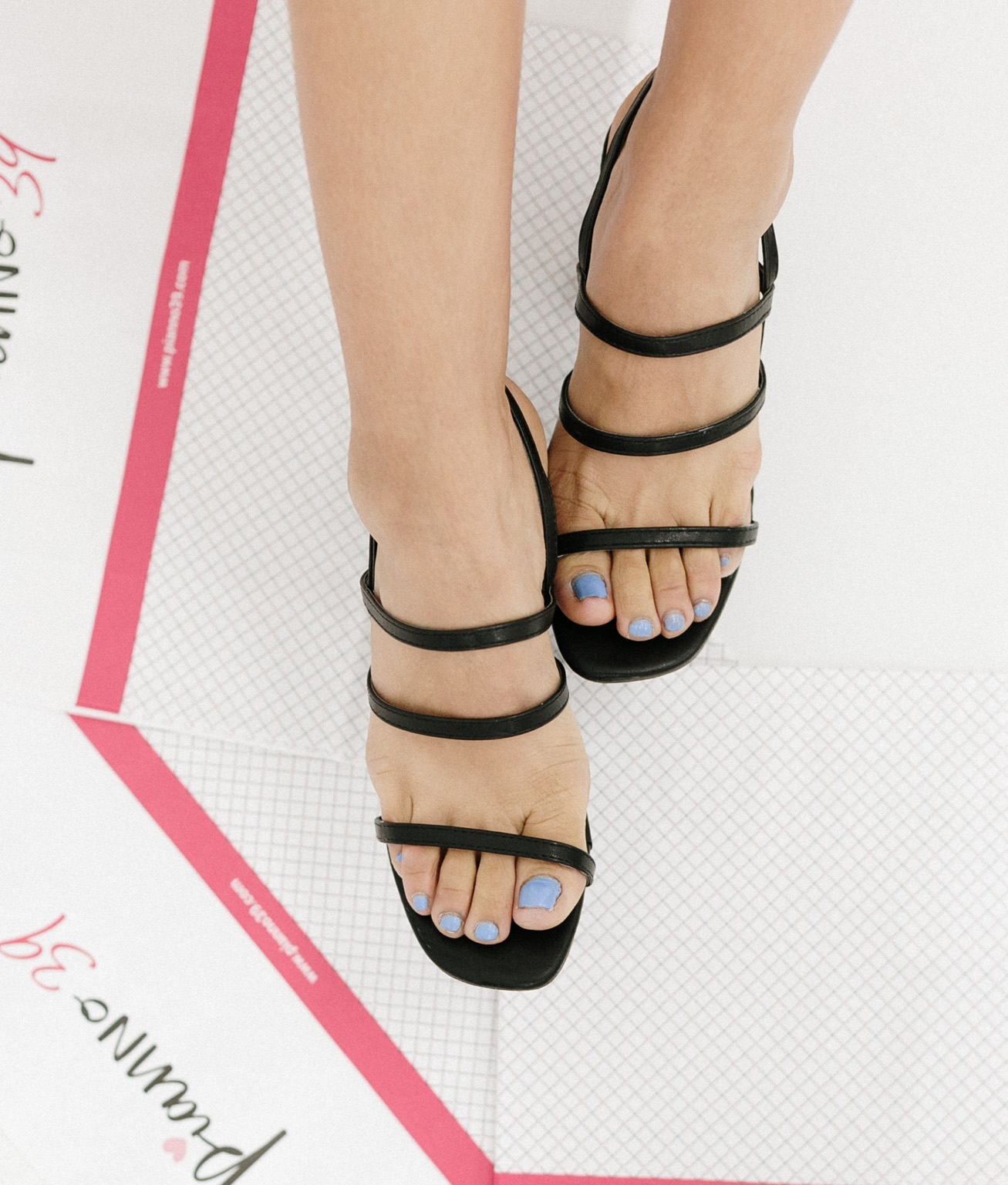 High Sandal Goral - Black