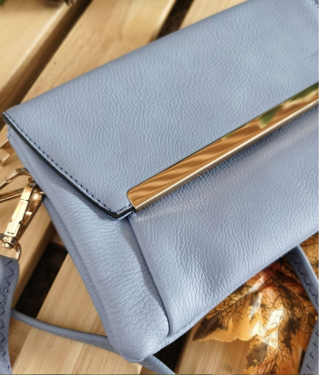 Shoulder bag Ela - light blue