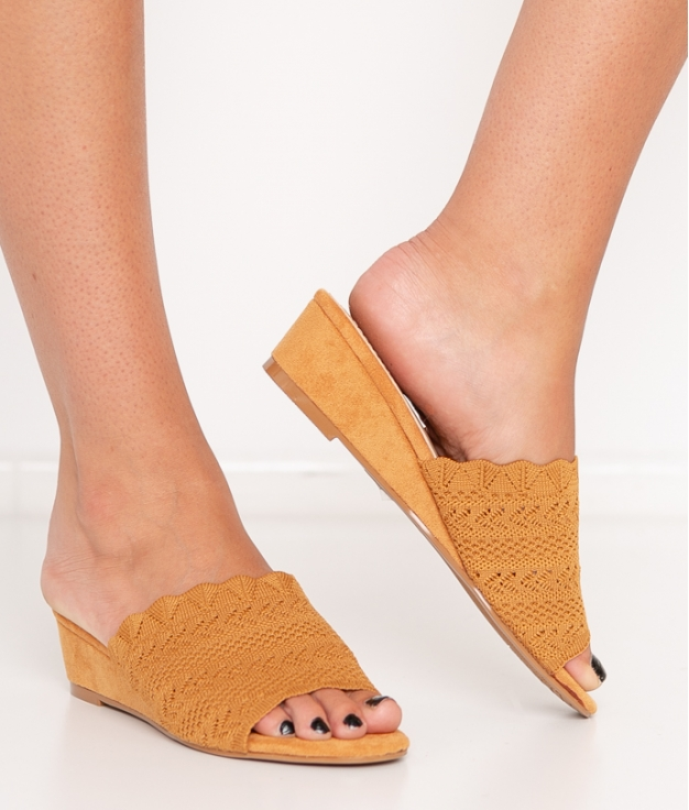 Wedge Heel Canter - Camel