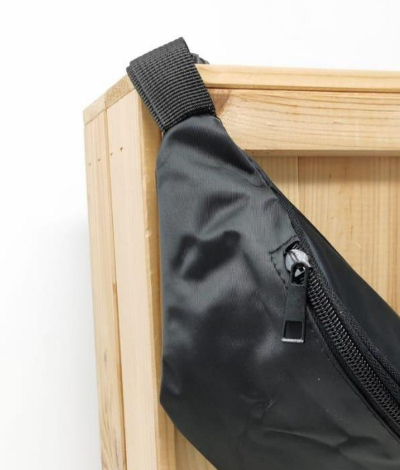 PUO BELT BAG - BLACK
