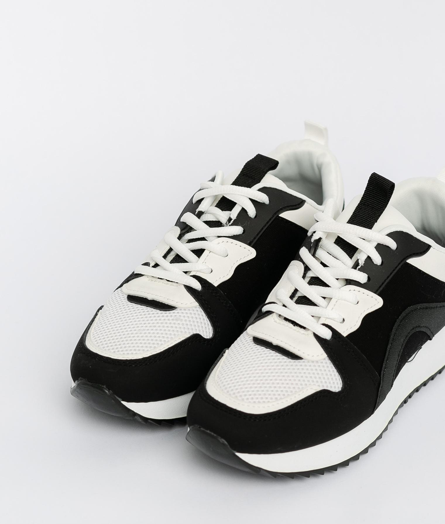 Sneakers Carelia - Preto