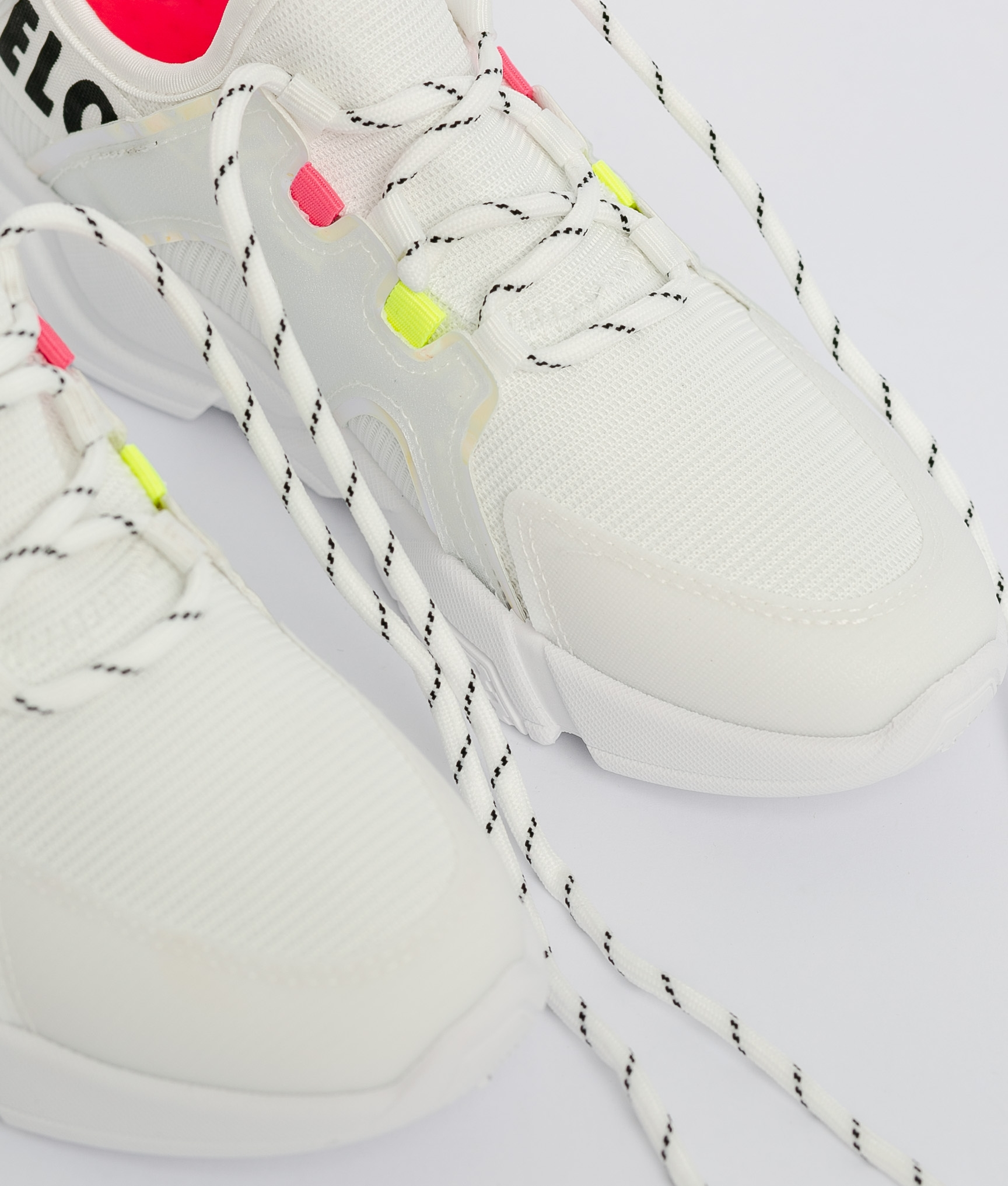 Sneakers Fluorina - Branco/Vermelho