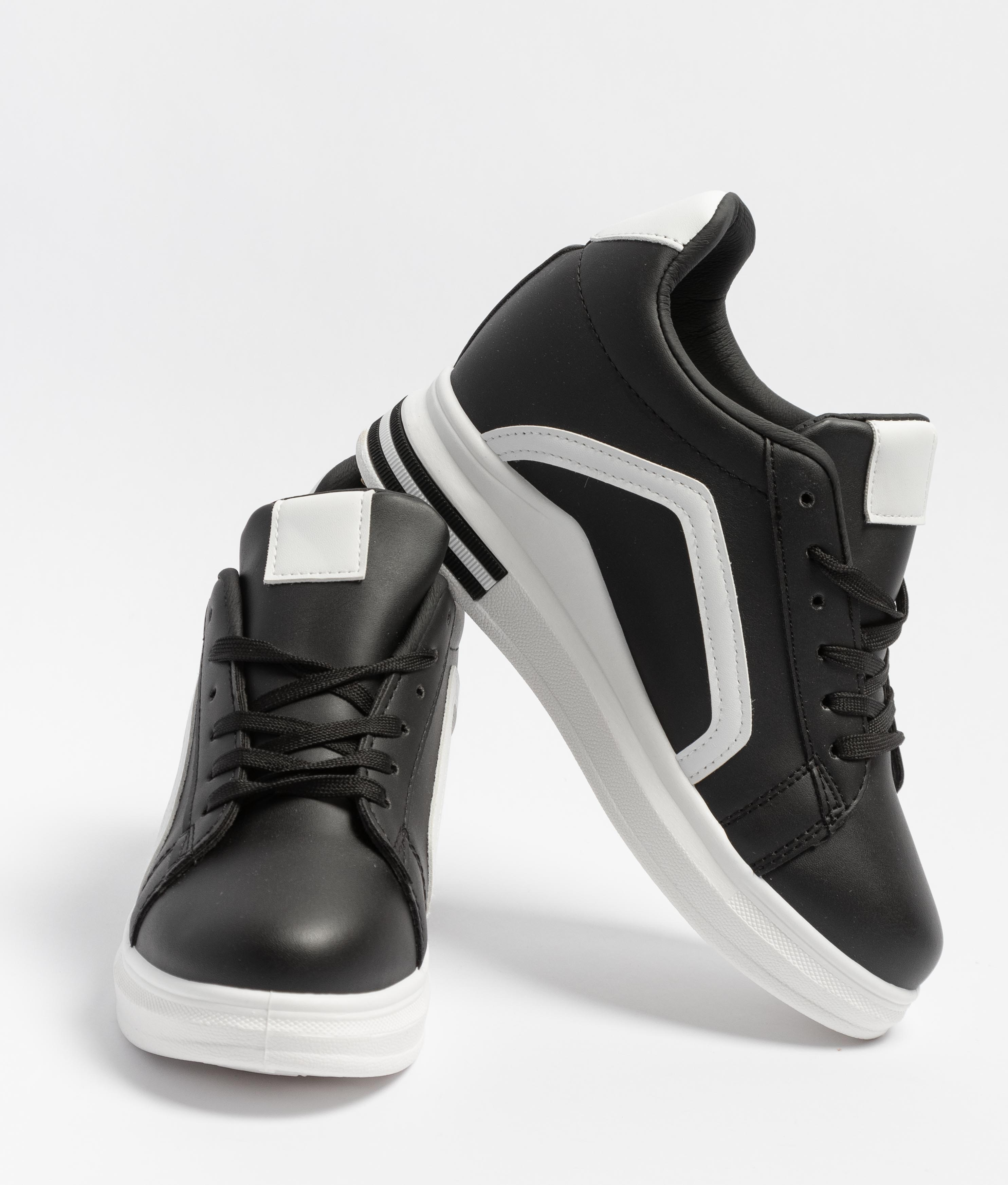 Sneakers Sauris - Preto