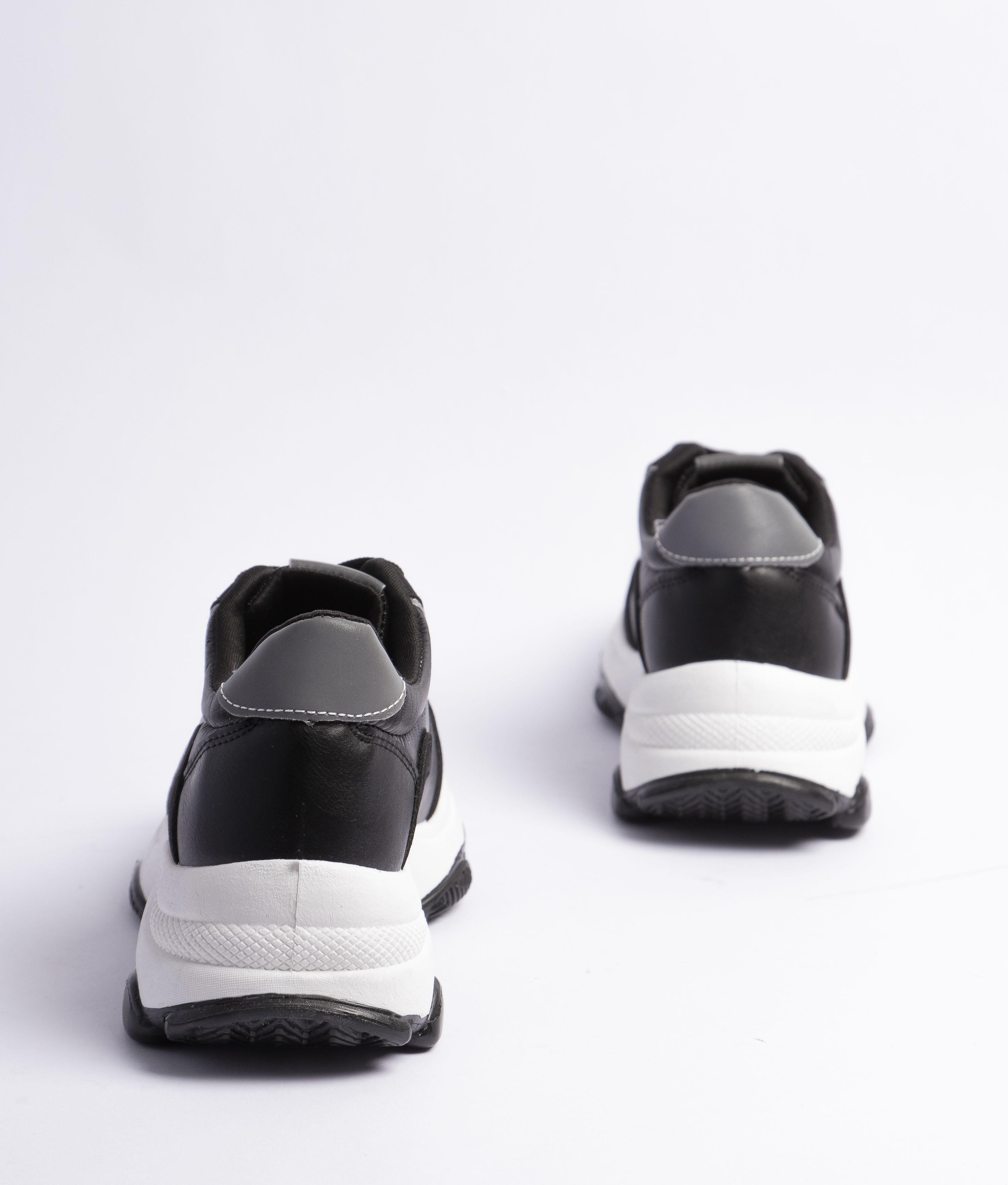 Sneakers Versus - Nero