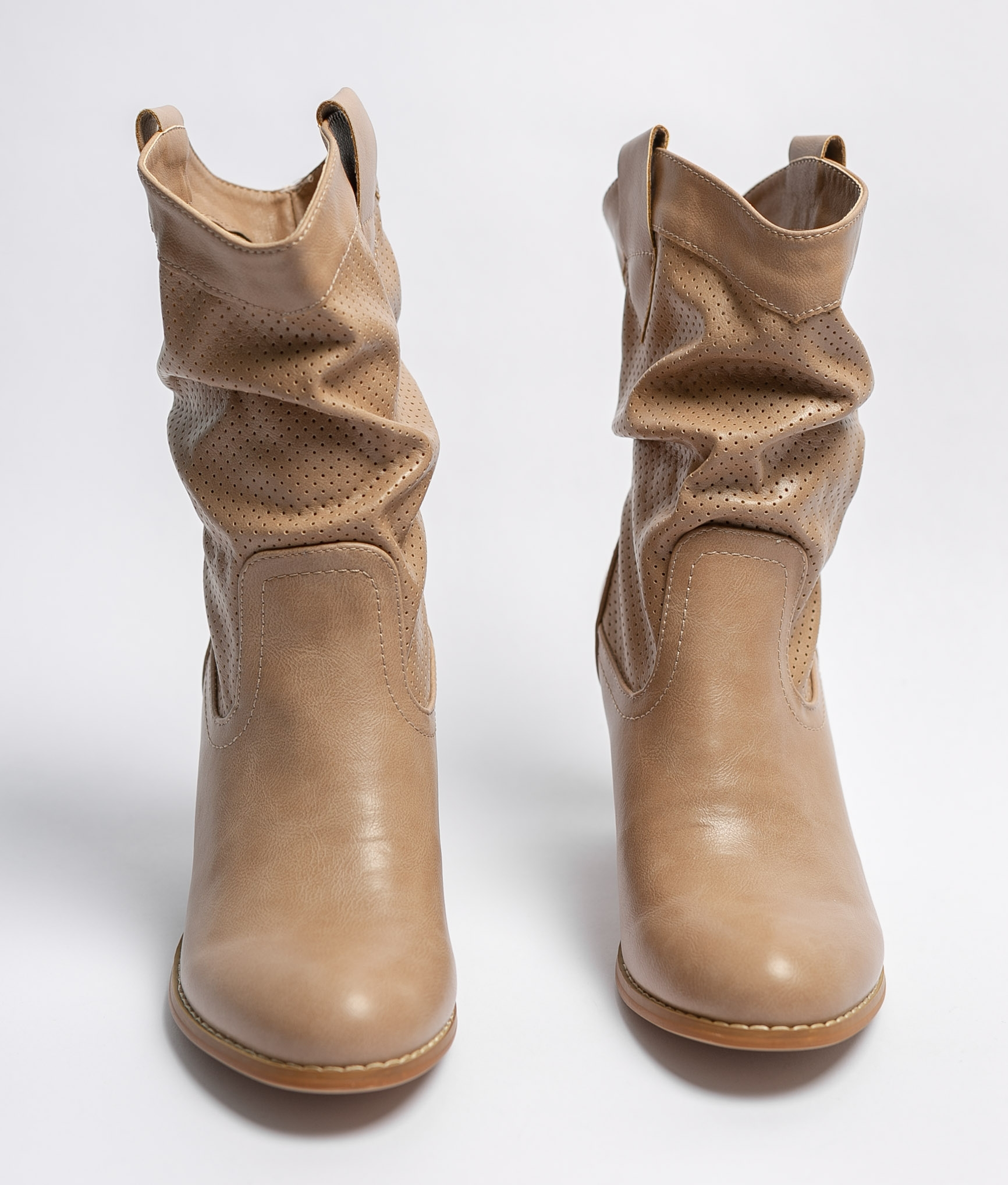Ademia Low Boot - BEige