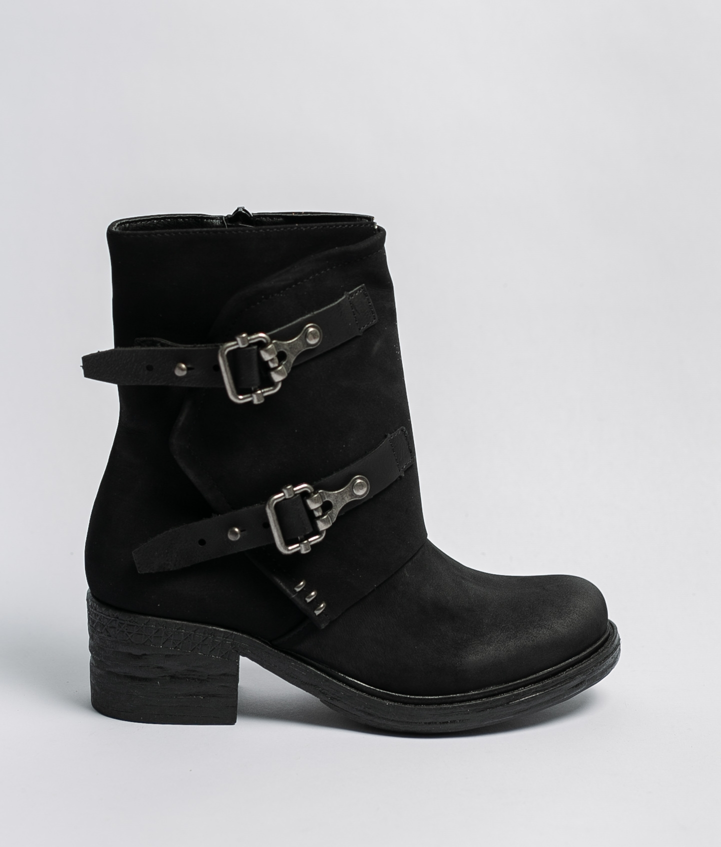 Disis Low Boot - Black