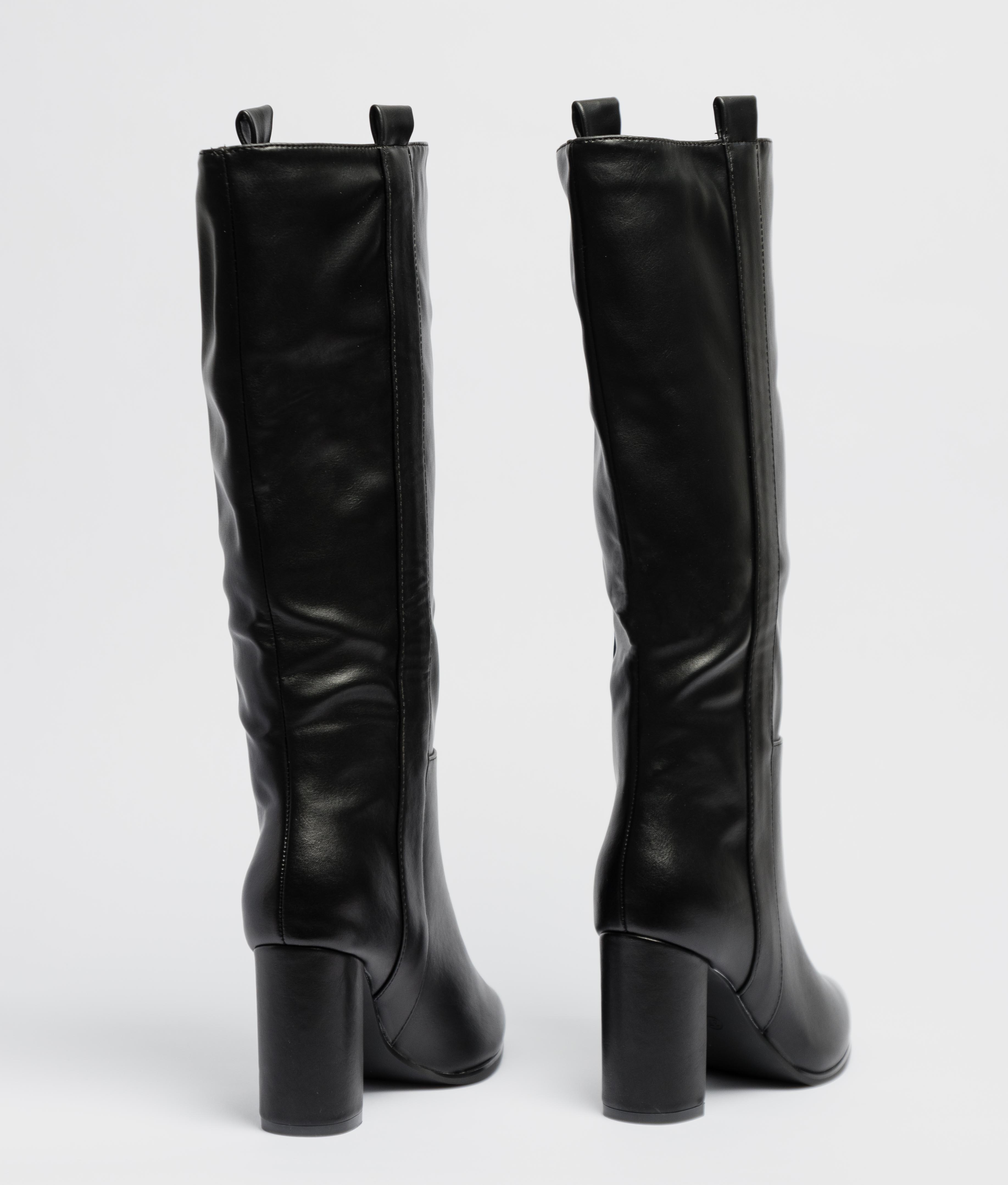 Knee-Lenght Boot Yania - Black