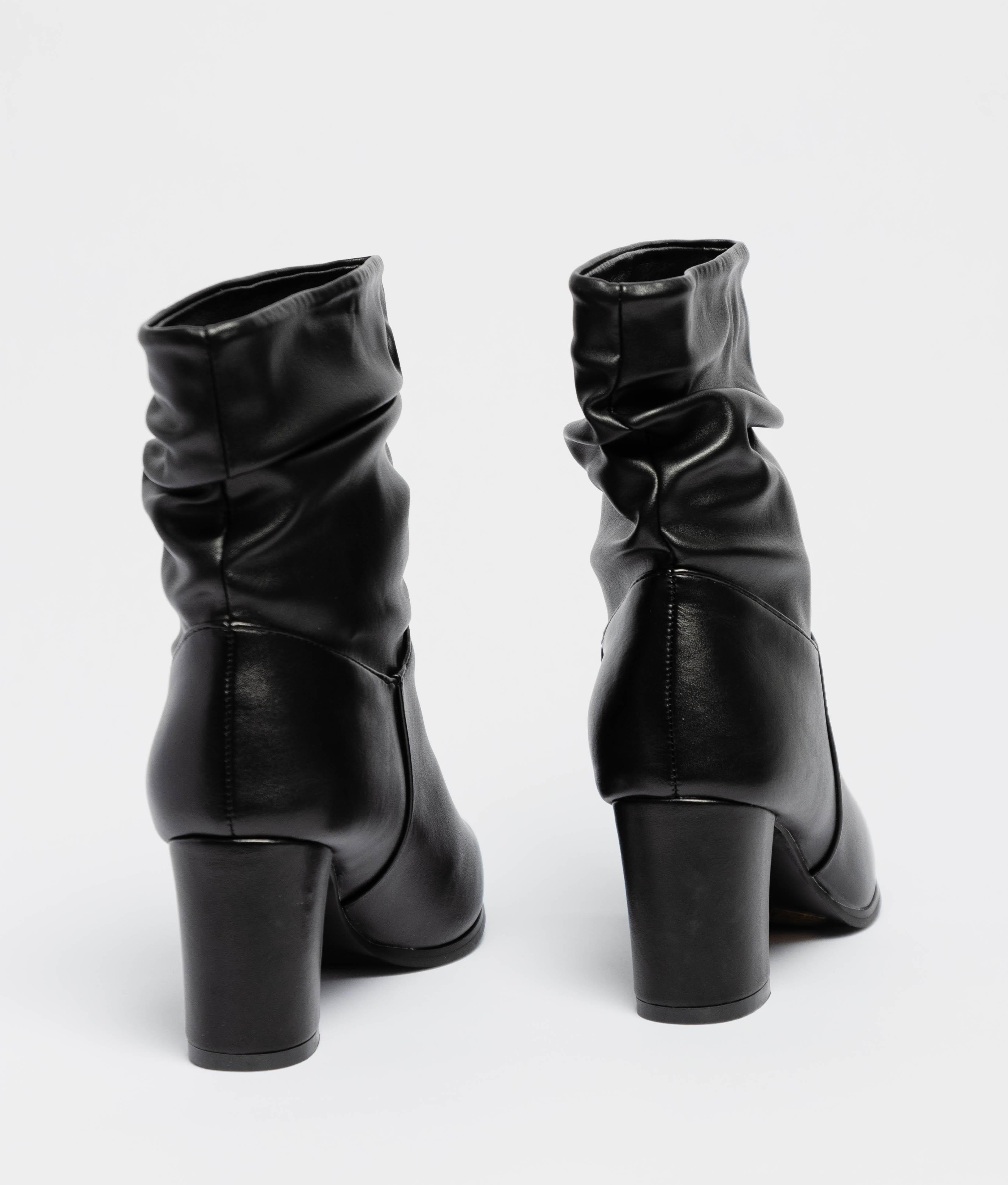 Bota Baja Bulary - Negro