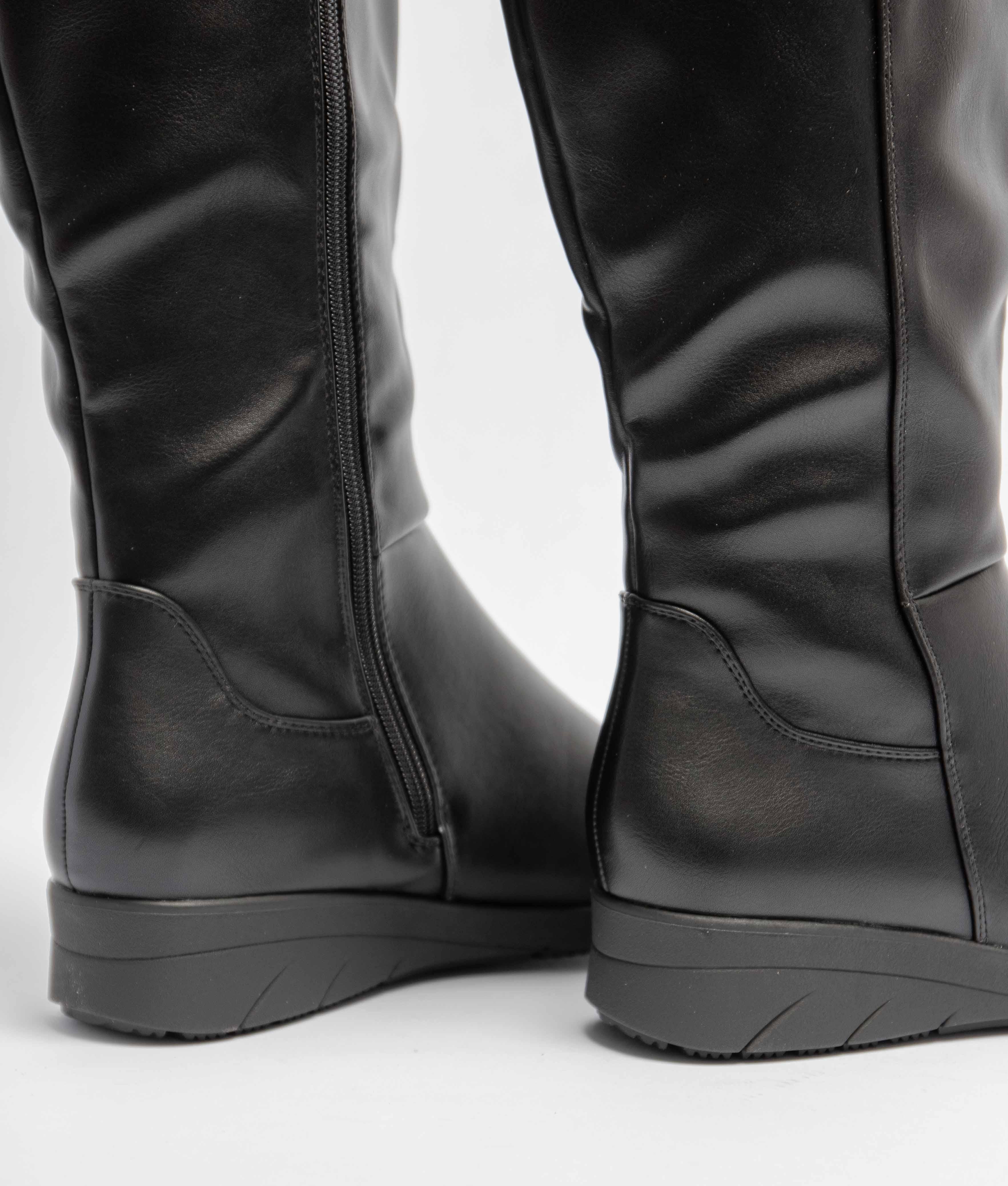 Knee-length Boot Wuli - Black