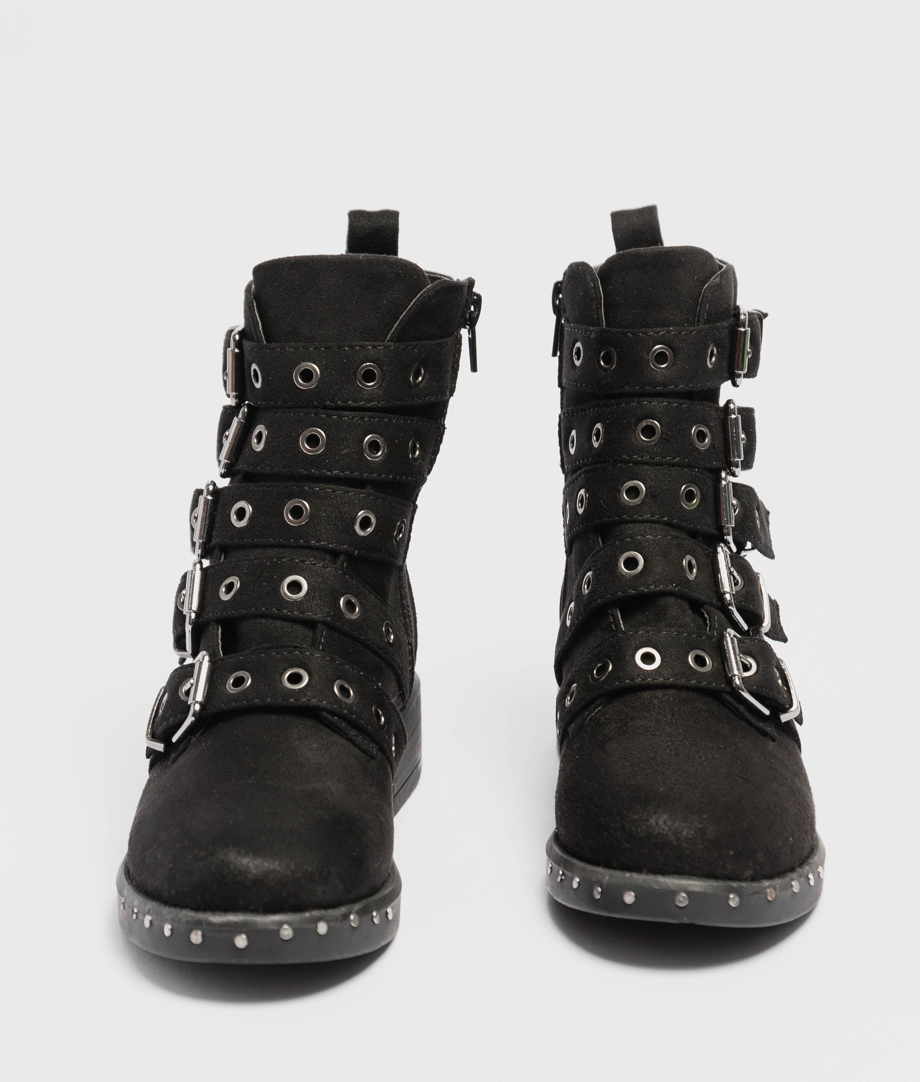 Low Boot Lax - Black