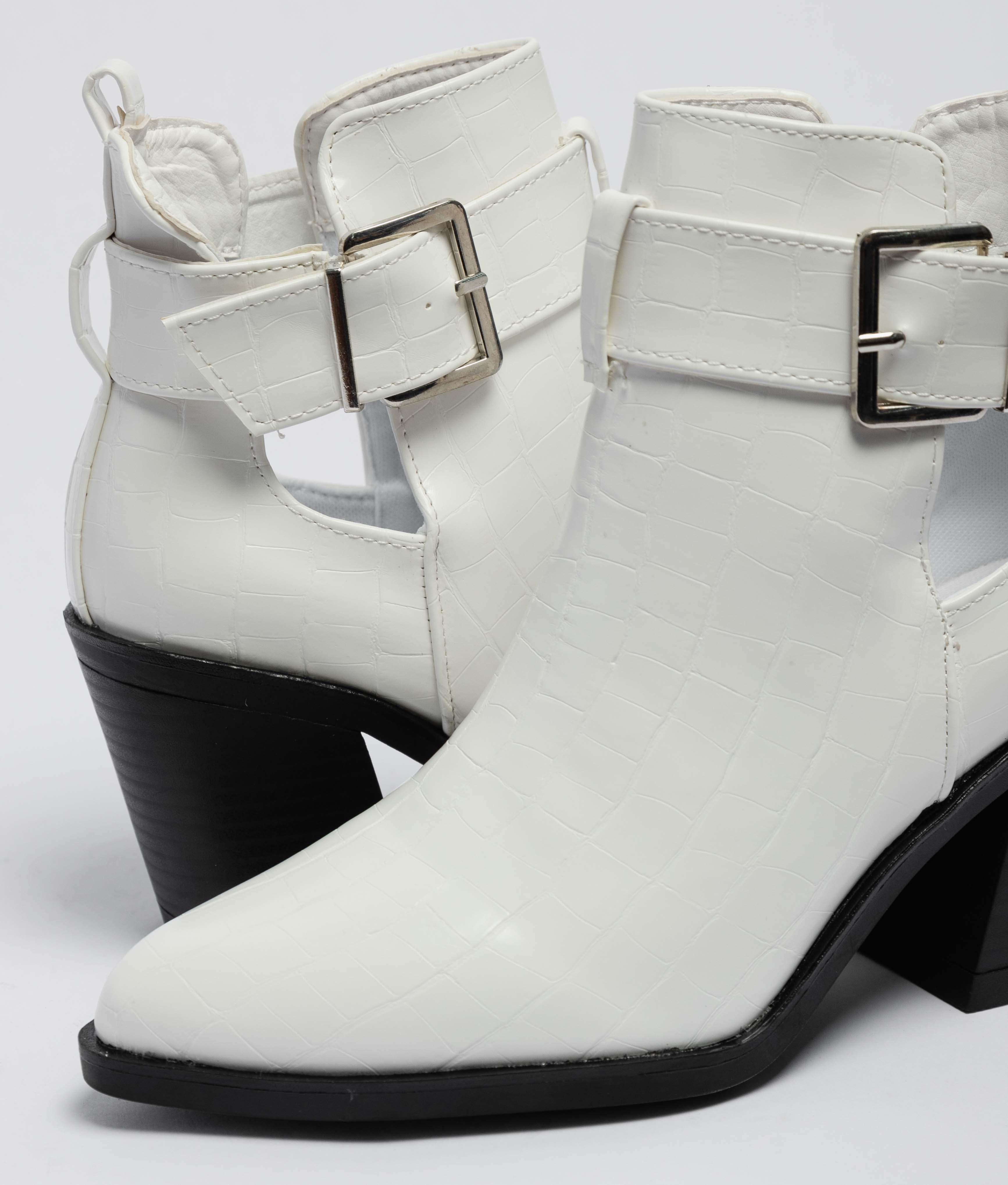 Lerina Low Boot - White
