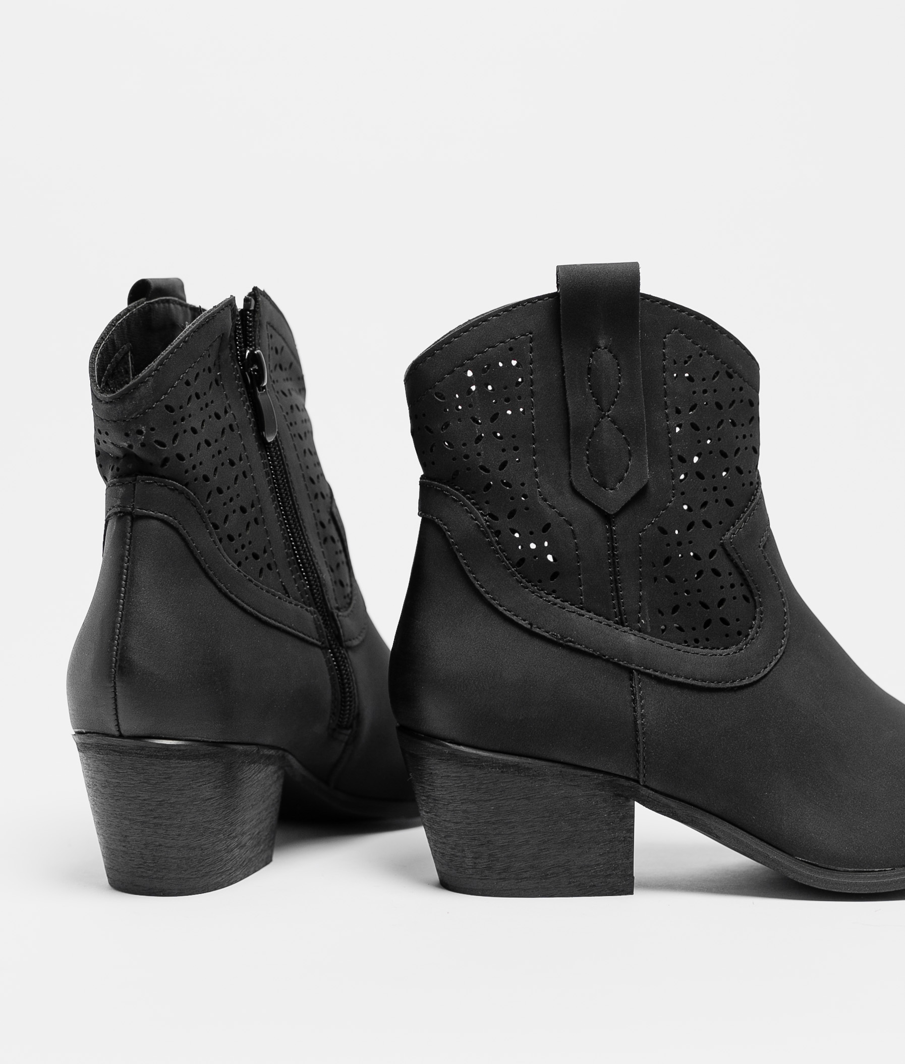 Low Boot Plania - Black