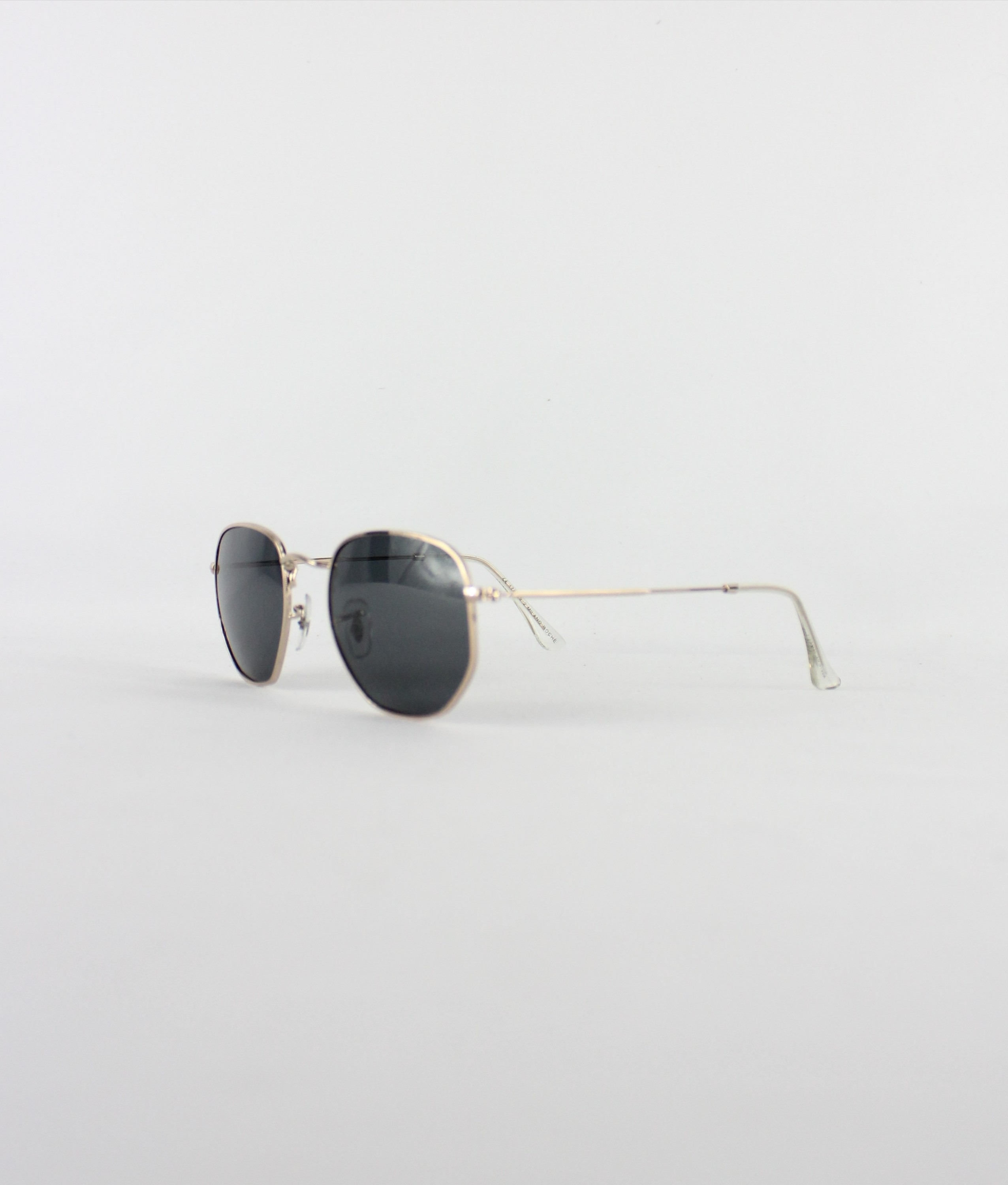 SUNGLASSES BRITANIA - BLACK/GOLD